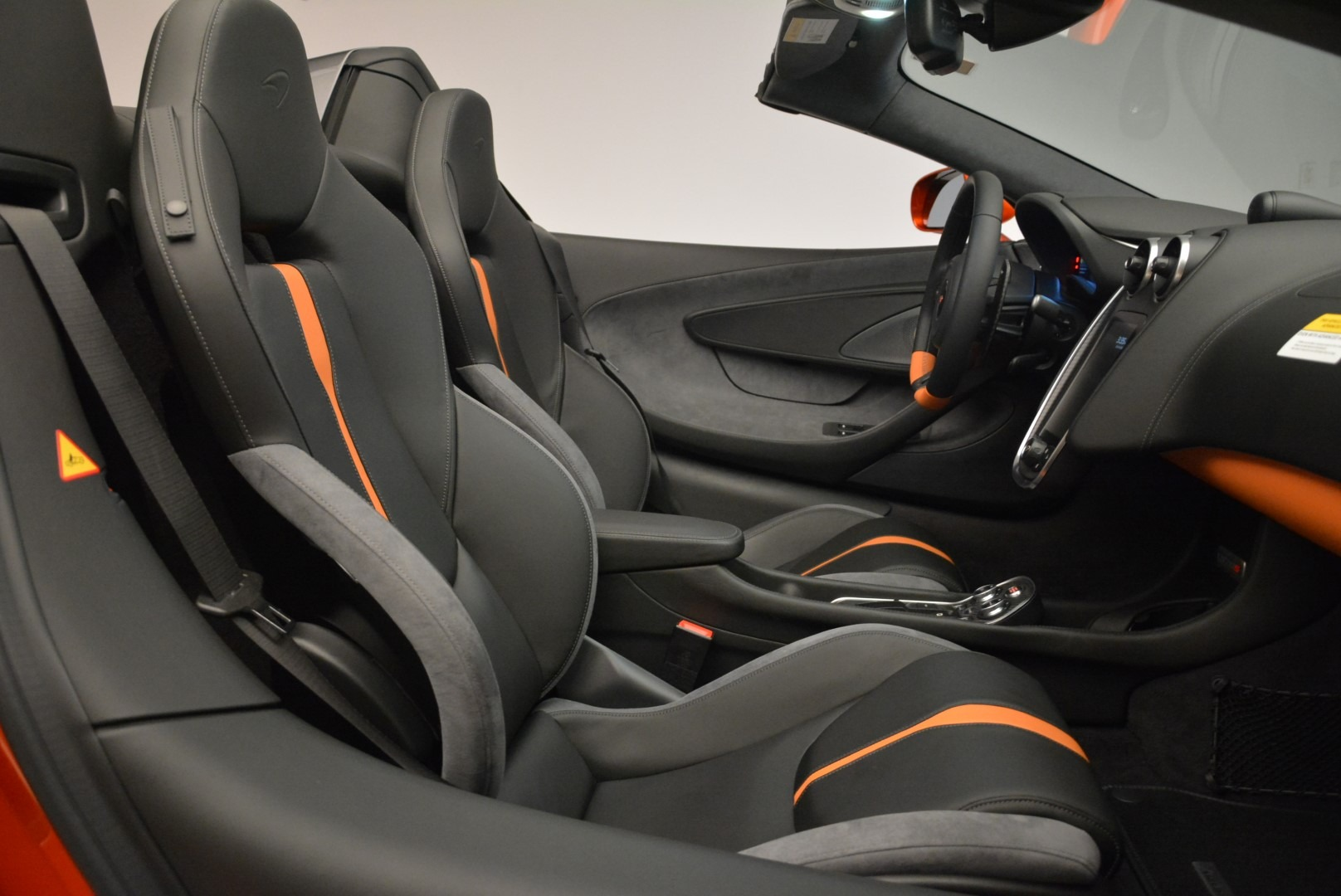 New 2018 McLaren 570S Spider For Sale In Greenwich, CT. Alfa Romeo of Greenwich, MC342 2098_p30
