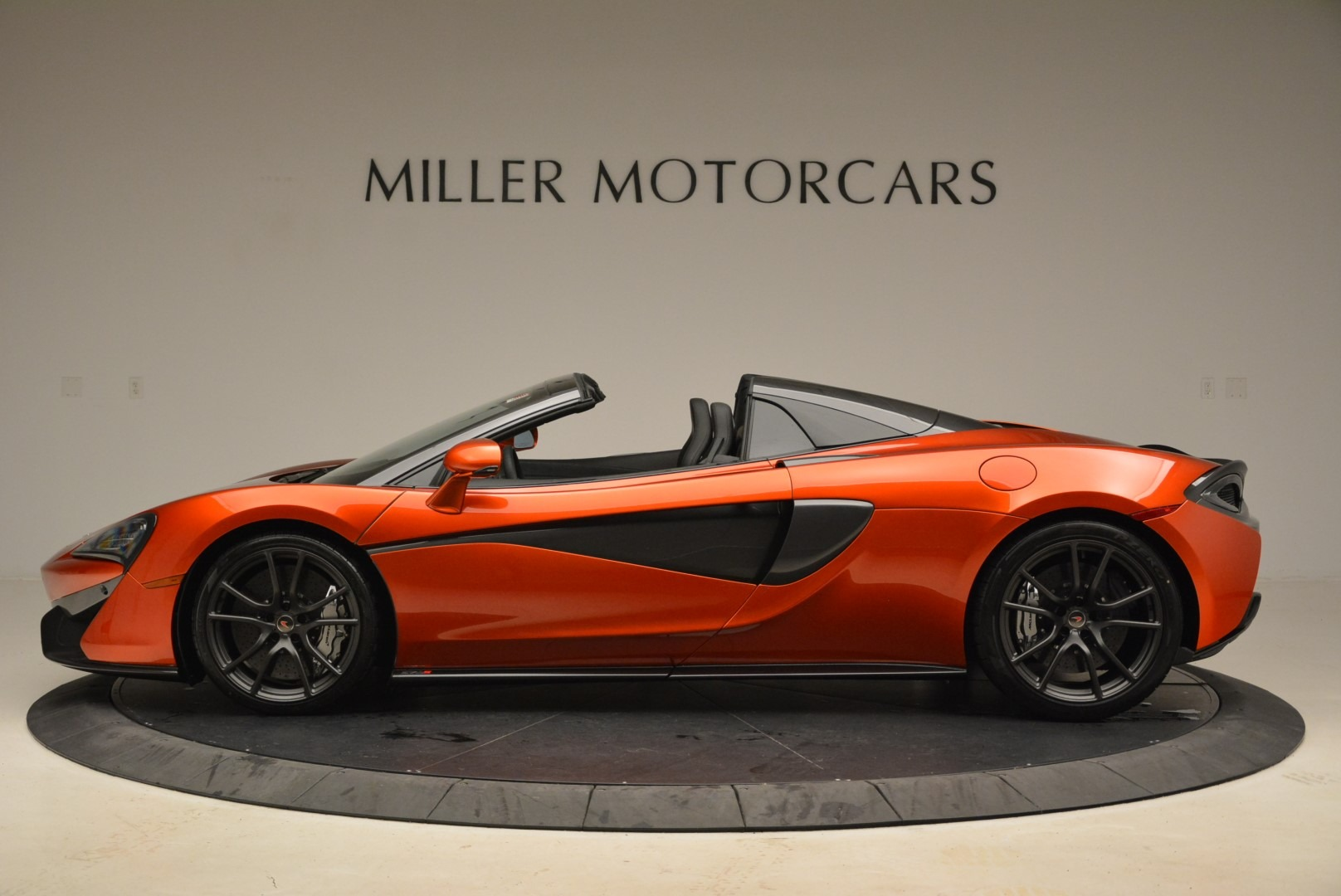New 2018 McLaren 570S Spider For Sale In Greenwich, CT. Alfa Romeo of Greenwich, MC342 2098_p3