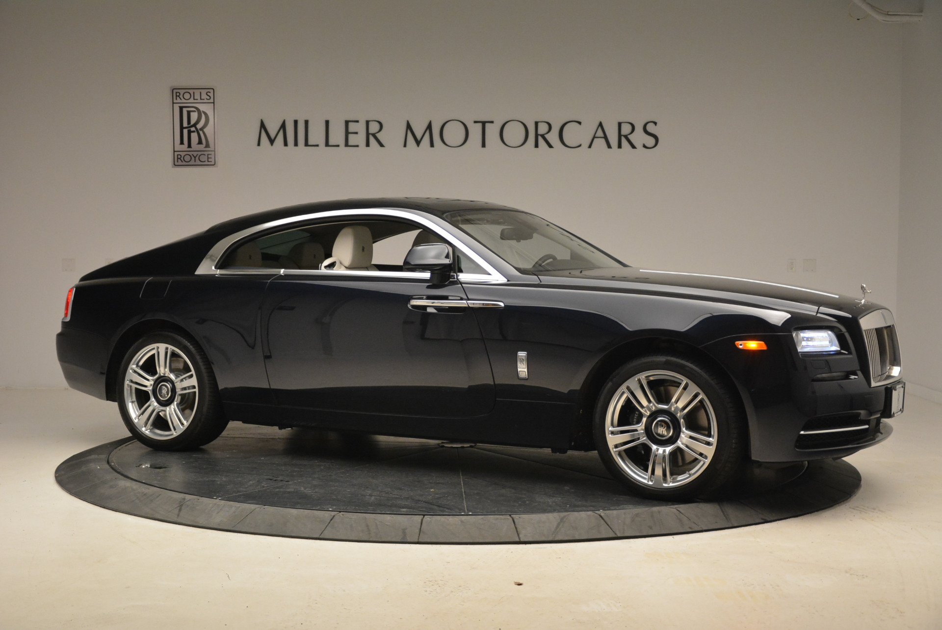 Used 2015 Rolls-Royce Wraith  For Sale In Greenwich, CT. Alfa Romeo of Greenwich, 7599 2099_p10