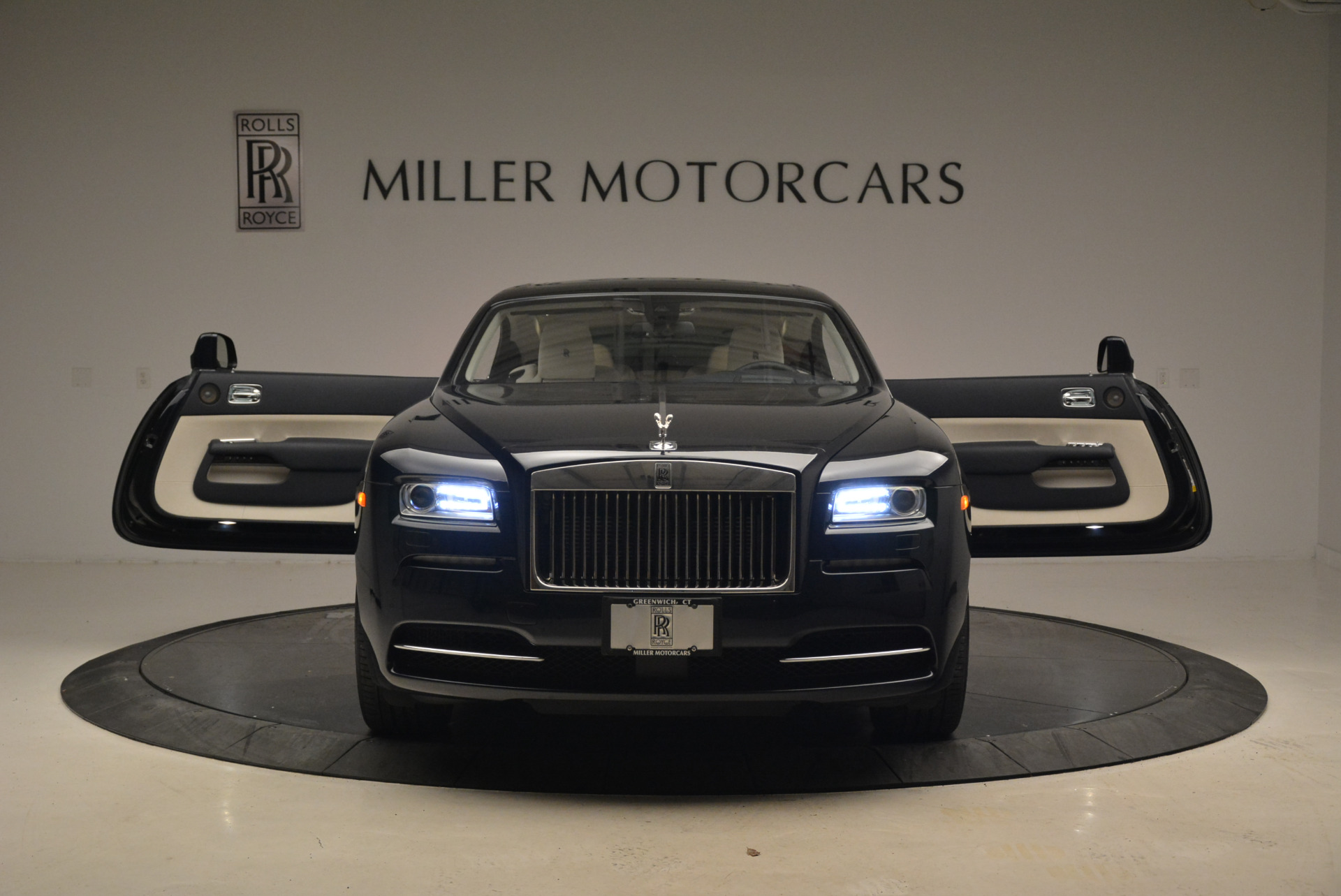 Used 2015 Rolls-Royce Wraith  For Sale In Greenwich, CT. Alfa Romeo of Greenwich, 7599 2099_p13