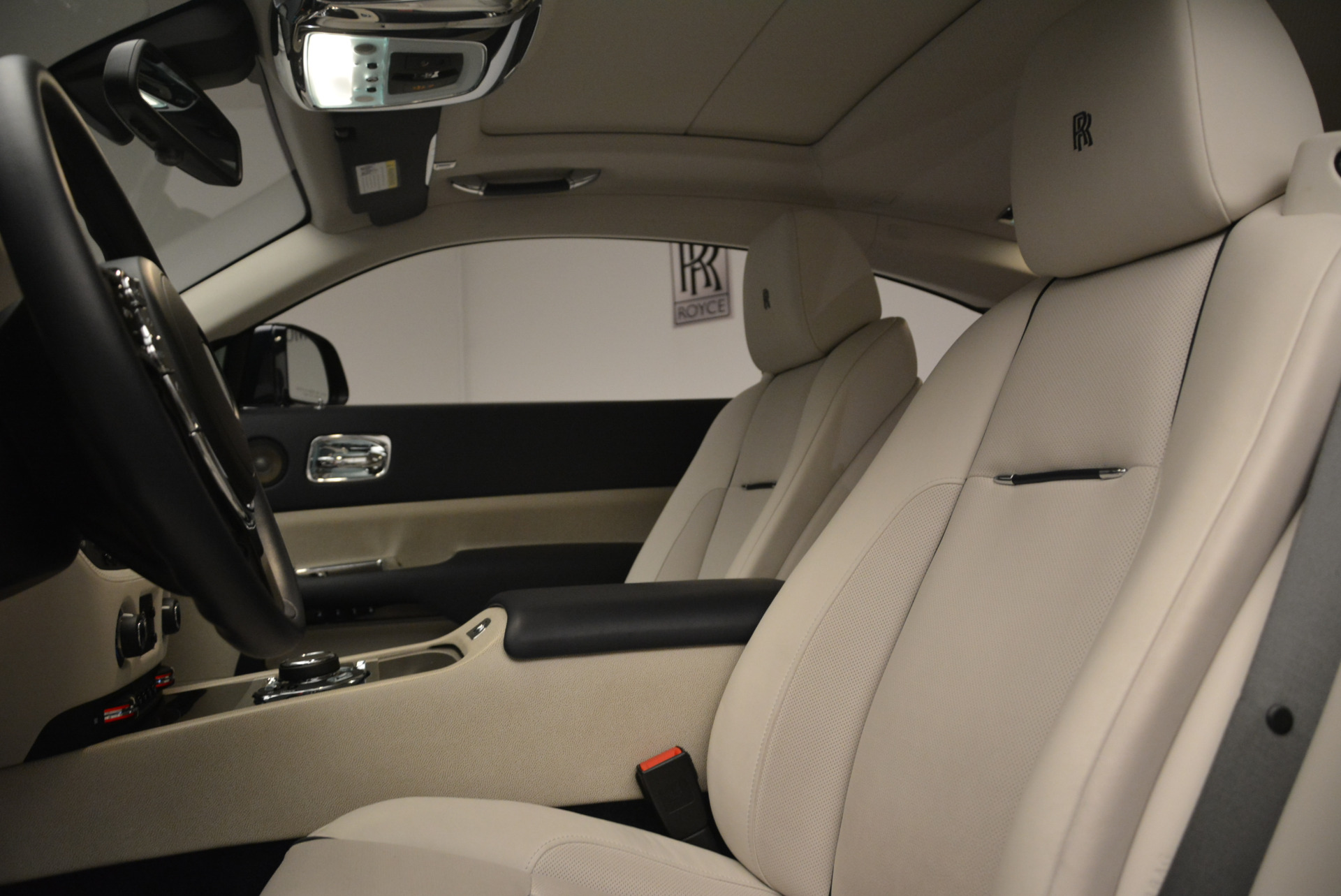 Used 2015 Rolls-Royce Wraith  For Sale In Greenwich, CT. Alfa Romeo of Greenwich, 7599 2099_p17