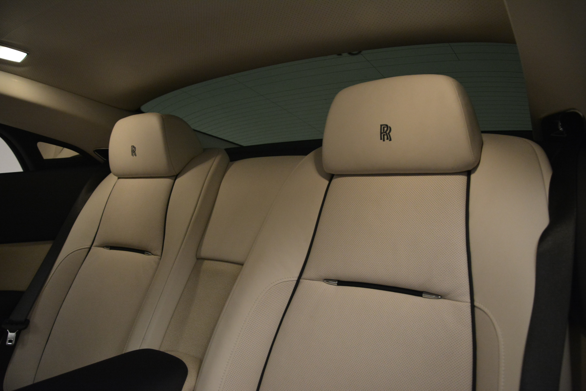 Used 2015 Rolls-Royce Wraith  For Sale In Greenwich, CT. Alfa Romeo of Greenwich, 7599 2099_p20