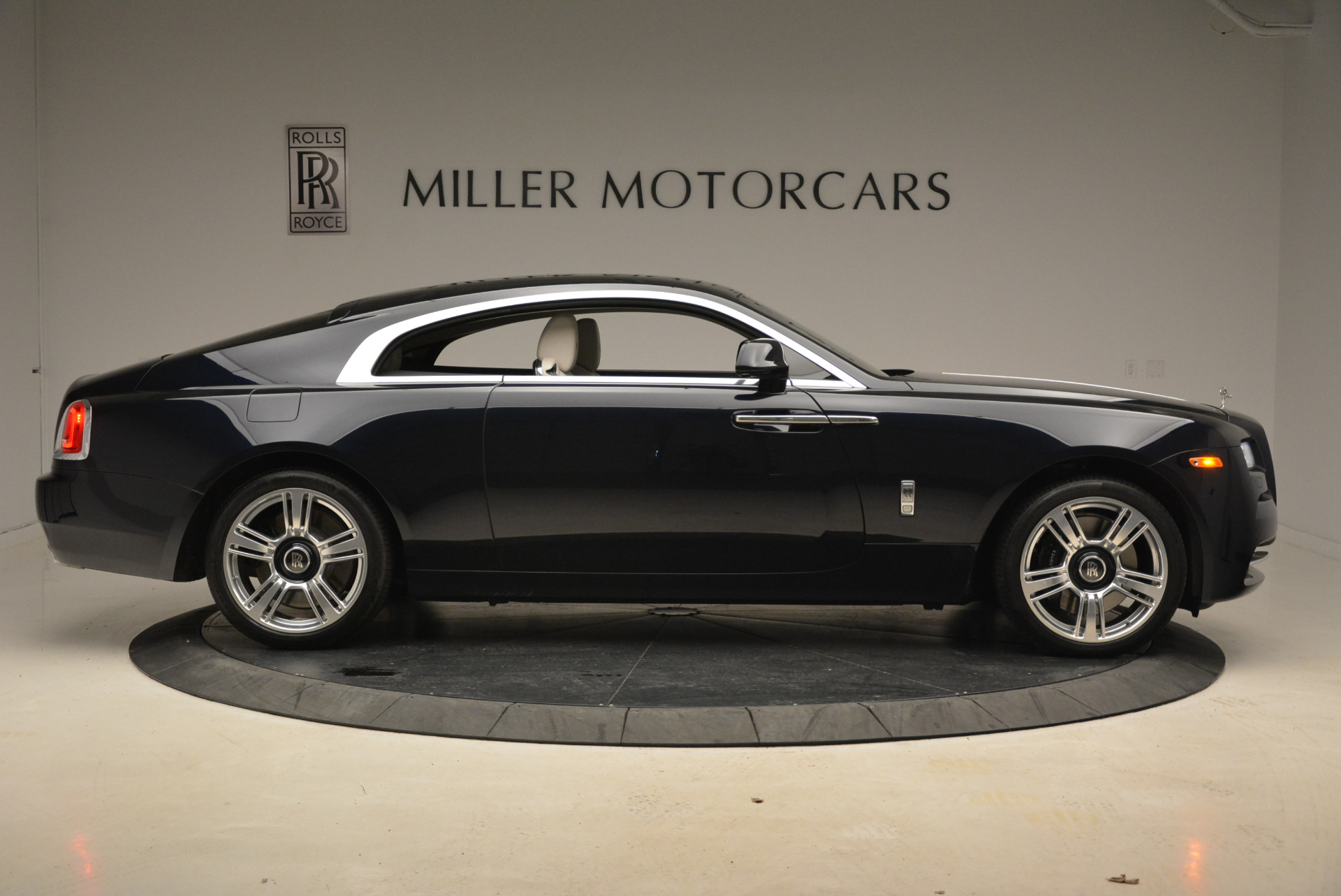 Used 2015 Rolls-Royce Wraith  For Sale In Greenwich, CT. Alfa Romeo of Greenwich, 7599 2099_p9