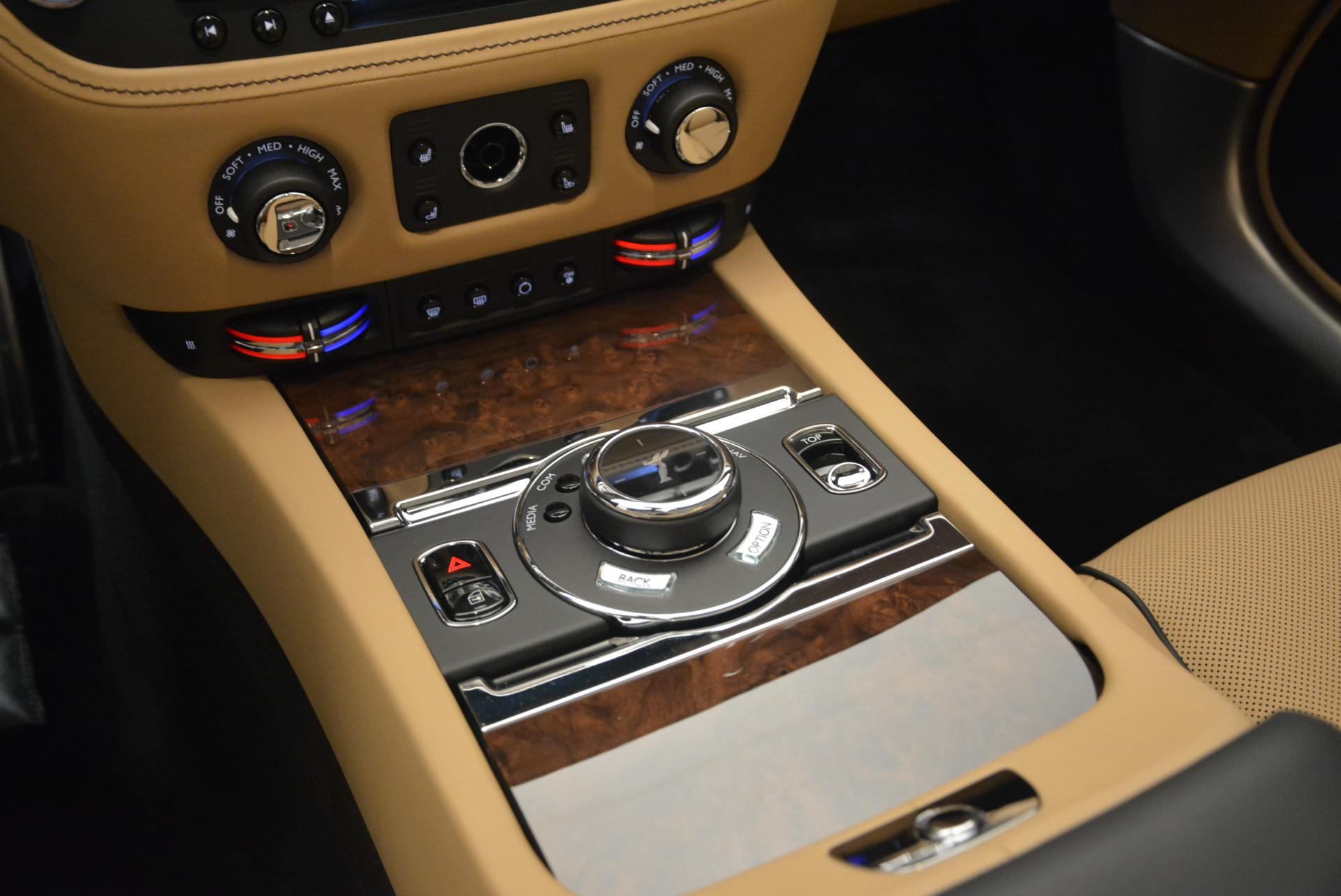 Used 2018 Rolls-Royce Dawn  For Sale In Greenwich, CT. Alfa Romeo of Greenwich, R461 2105_p26