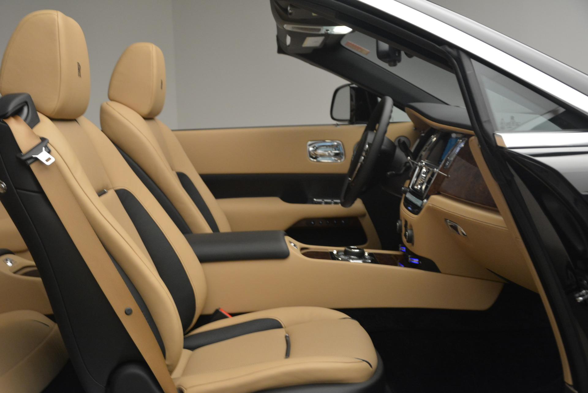 Used 2018 Rolls-Royce Dawn  For Sale In Greenwich, CT. Alfa Romeo of Greenwich, R461 2105_p31
