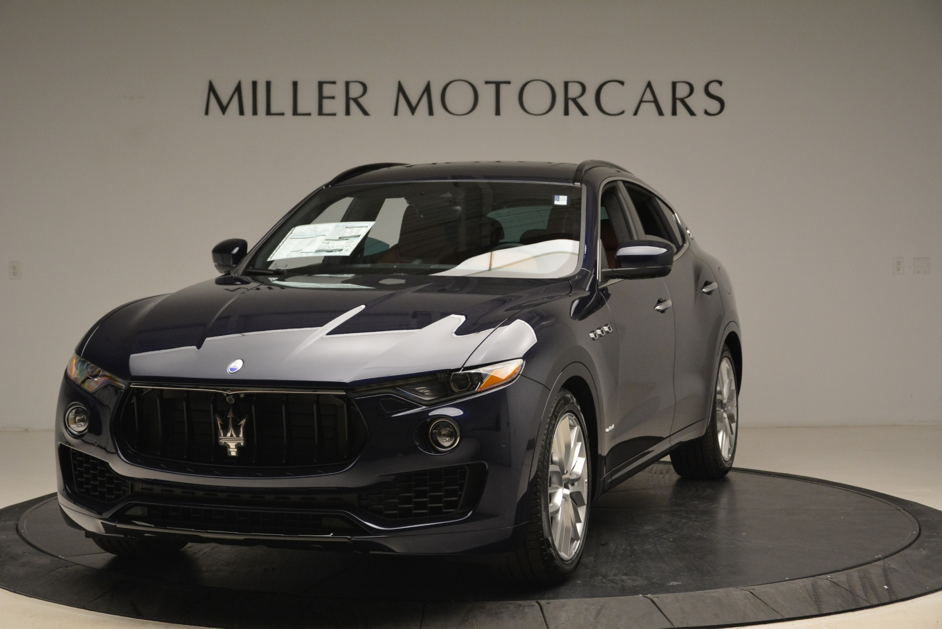 New 2018 Maserati Levante Q4 GranSport For Sale In Greenwich, CT. Alfa Romeo of Greenwich, M2065 2110_main