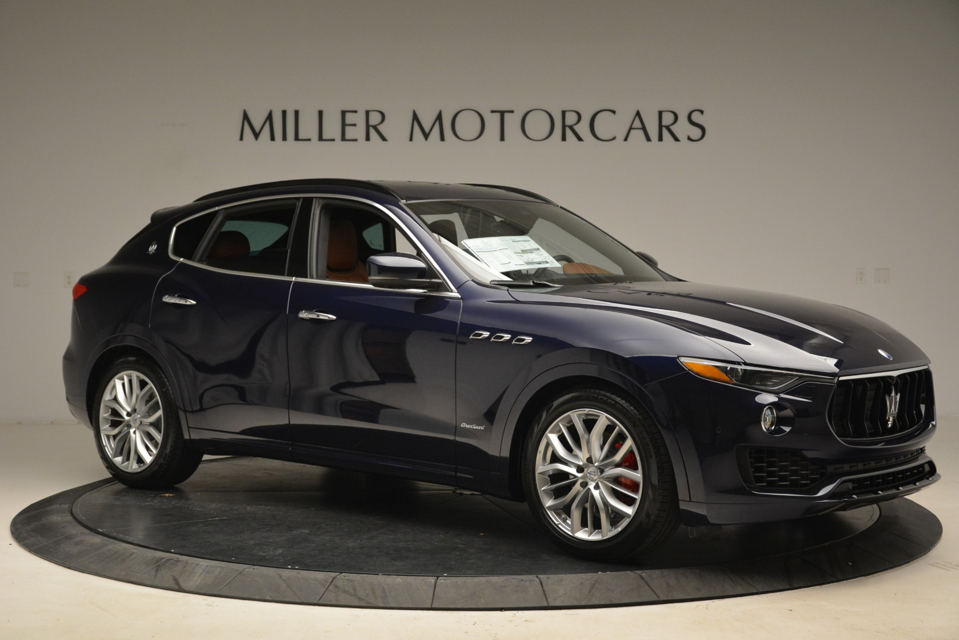 New 2018 Maserati Levante Q4 GranSport For Sale In Greenwich, CT. Alfa Romeo of Greenwich, M2065 2110_p10