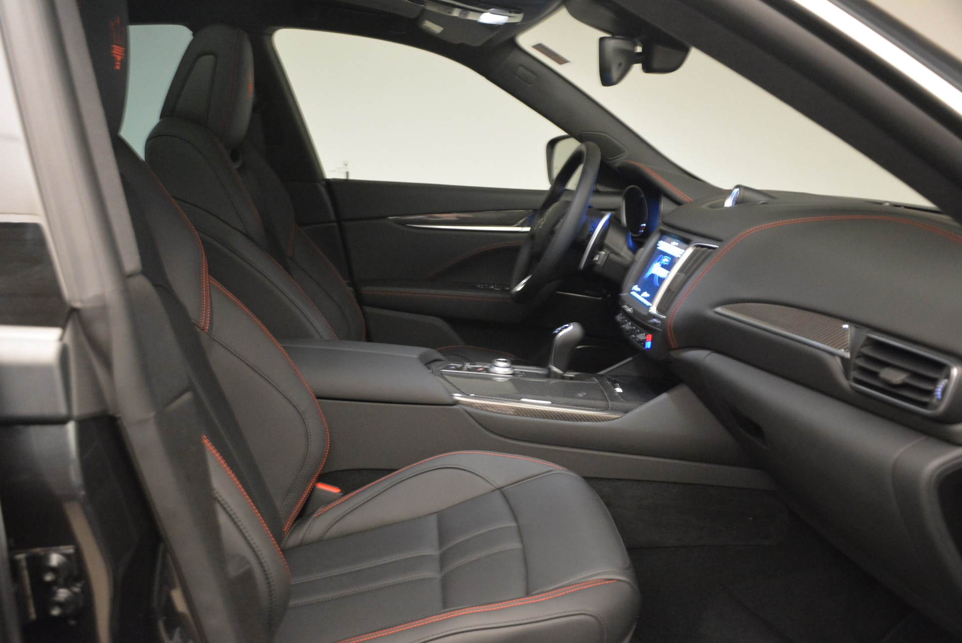 New 2018 Maserati Levante S Q4 Gransport For Sale In Greenwich, CT. Alfa Romeo of Greenwich, M2072 2114_p22