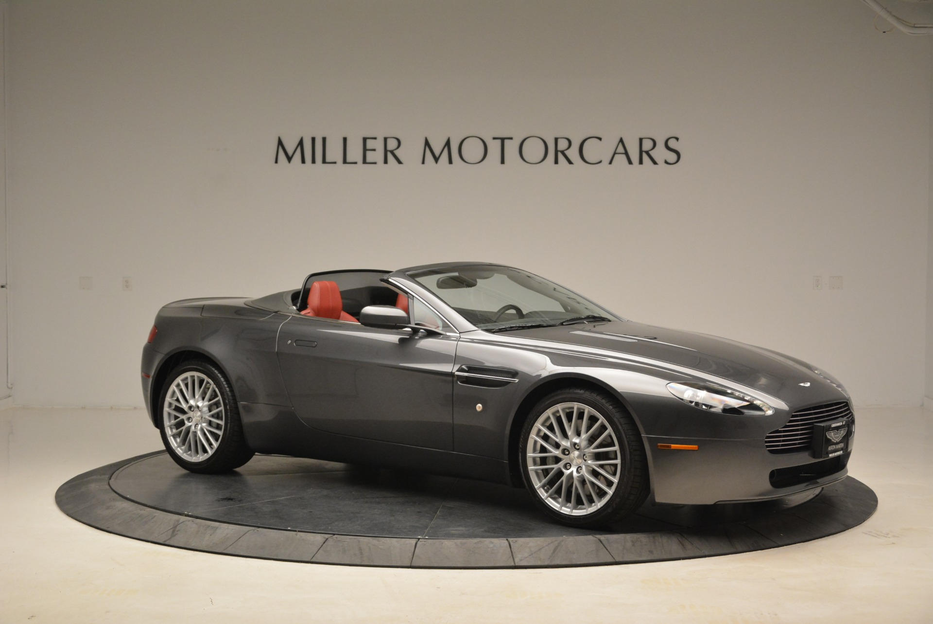 Used 2009 Aston Martin V8 Vantage Roadster For Sale In Greenwich, CT. Alfa Romeo of Greenwich, 7333 2123_p10