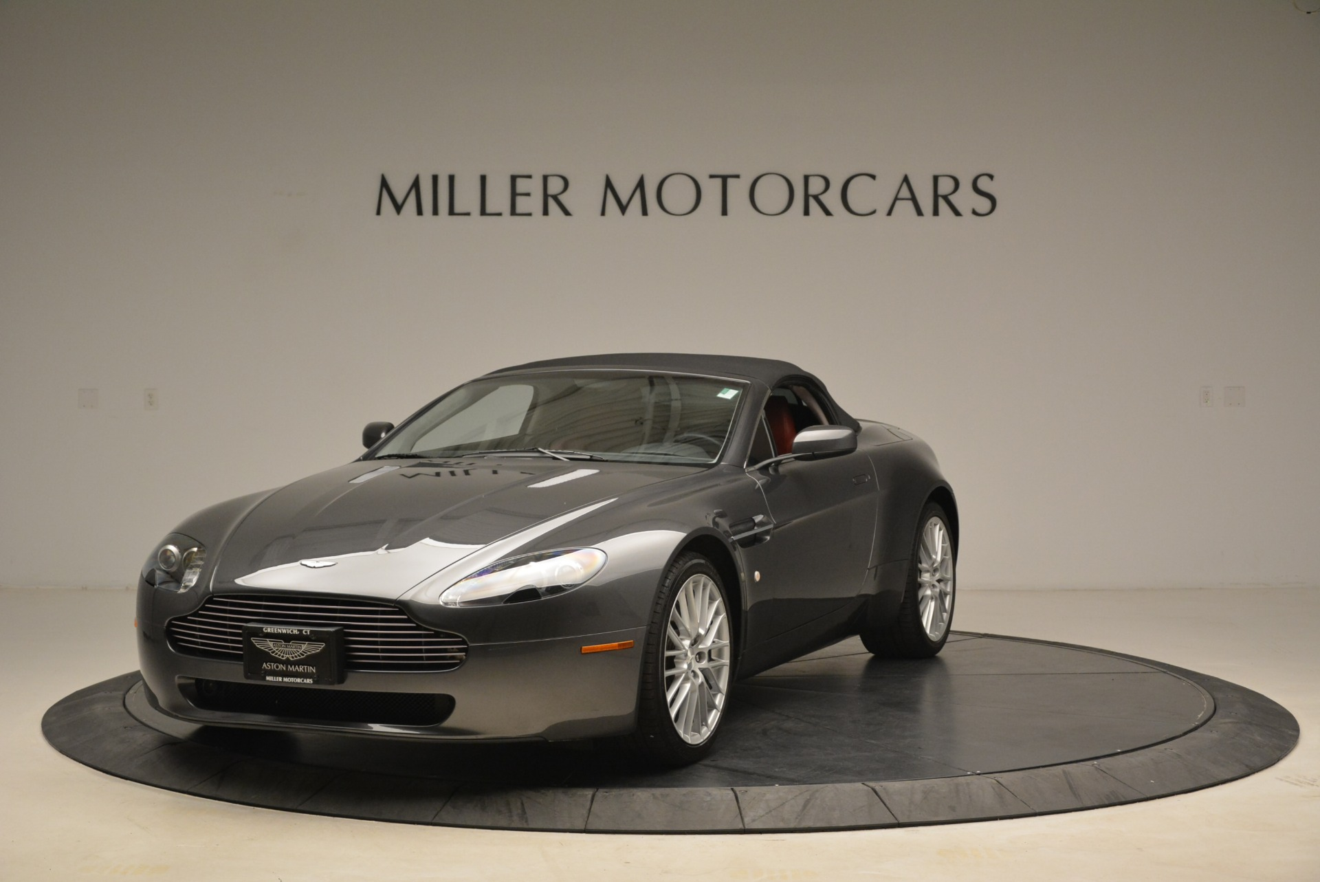Used 2009 Aston Martin V8 Vantage Roadster For Sale In Greenwich, CT. Alfa Romeo of Greenwich, 7333 2123_p13