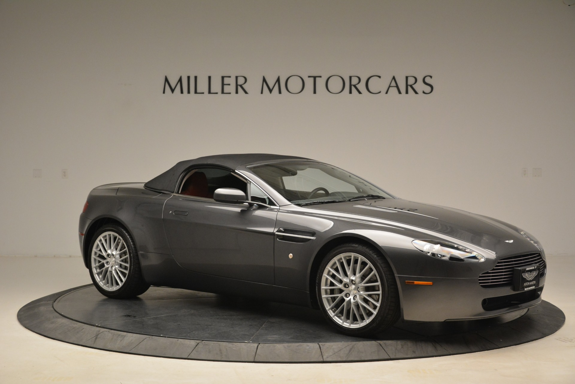 Used 2009 Aston Martin V8 Vantage Roadster For Sale In Greenwich, CT. Alfa Romeo of Greenwich, 7333 2123_p22