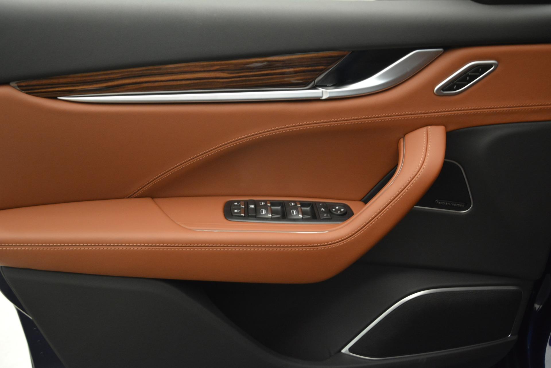 New 2018 Maserati Levante S Q4 GranLusso For Sale In Greenwich, CT. Alfa Romeo of Greenwich, M2077 2124_p16