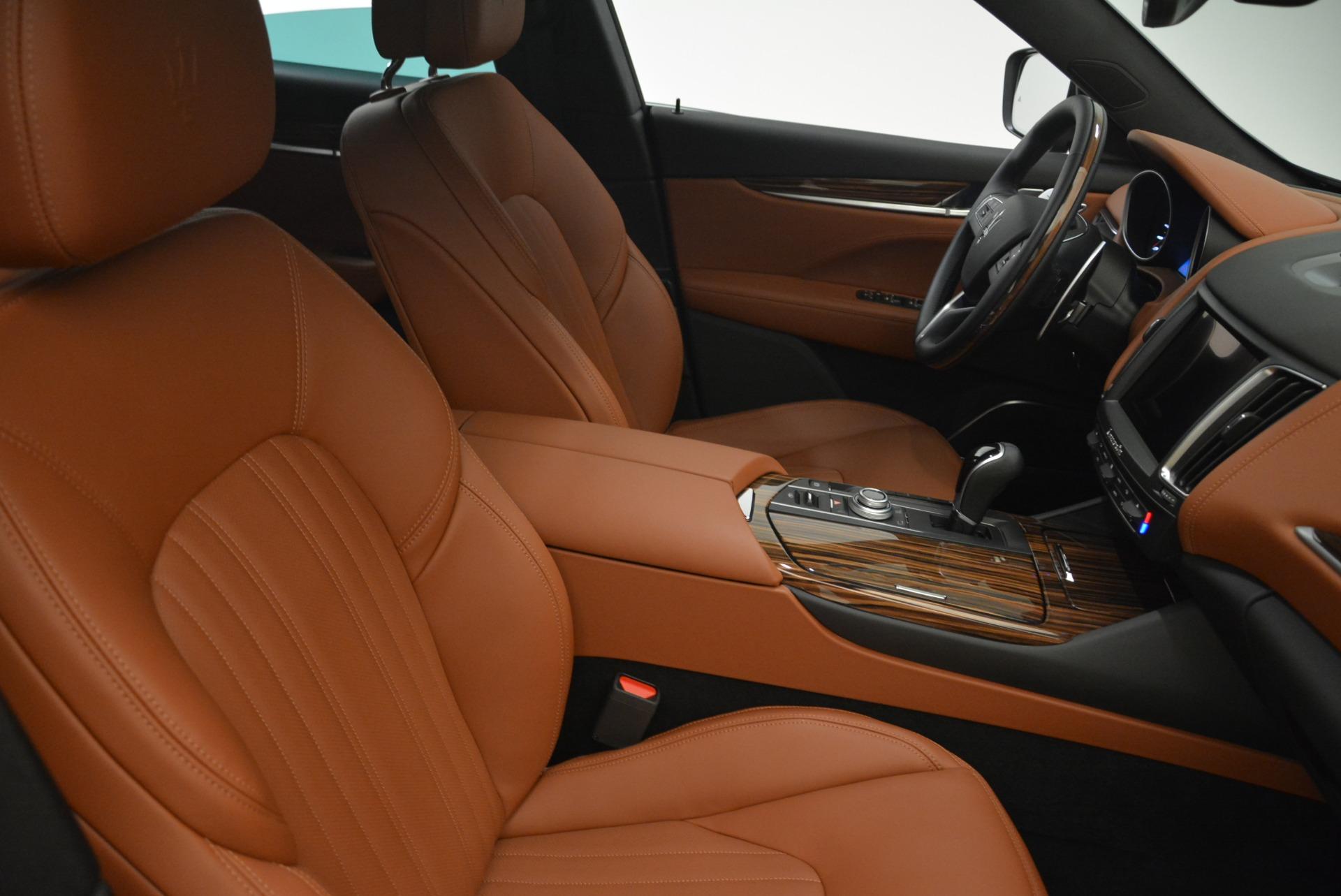 New 2018 Maserati Levante S Q4 GranLusso For Sale In Greenwich, CT. Alfa Romeo of Greenwich, M2077 2124_p21