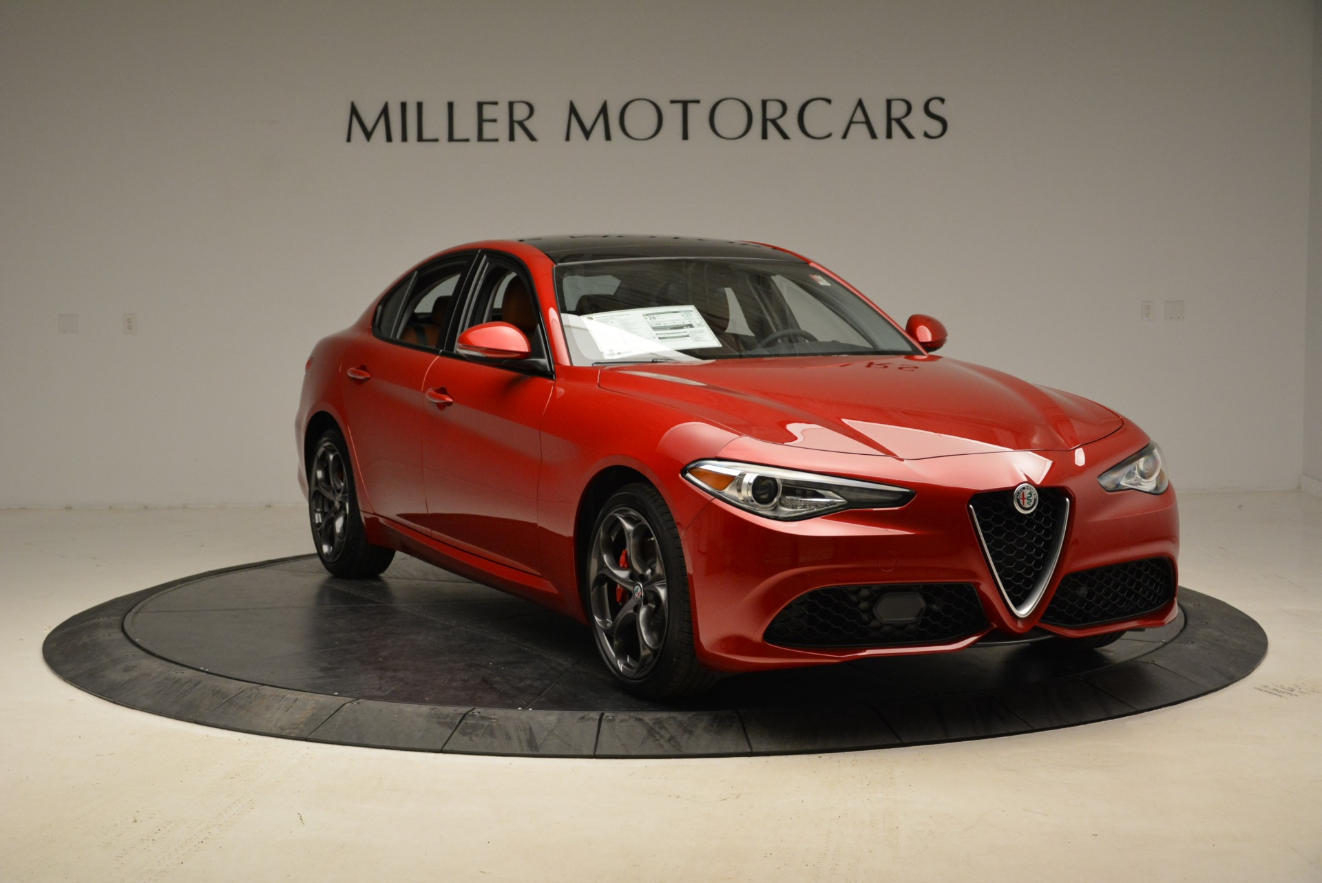 New 2018 Alfa Romeo Giulia Ti Sport Q4 For Sale In Greenwich, CT. Alfa Romeo of Greenwich, L365 2126_p11