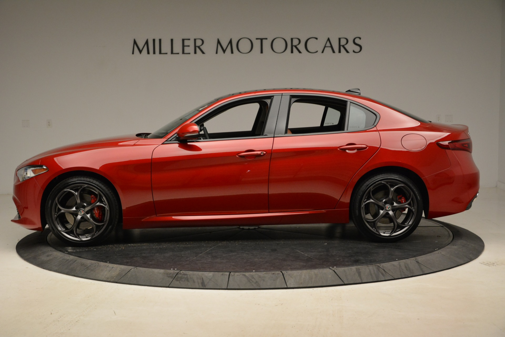 New 2018 Alfa Romeo Giulia Ti Sport Q4 For Sale In Greenwich, CT. Alfa Romeo of Greenwich, L365 2126_p3