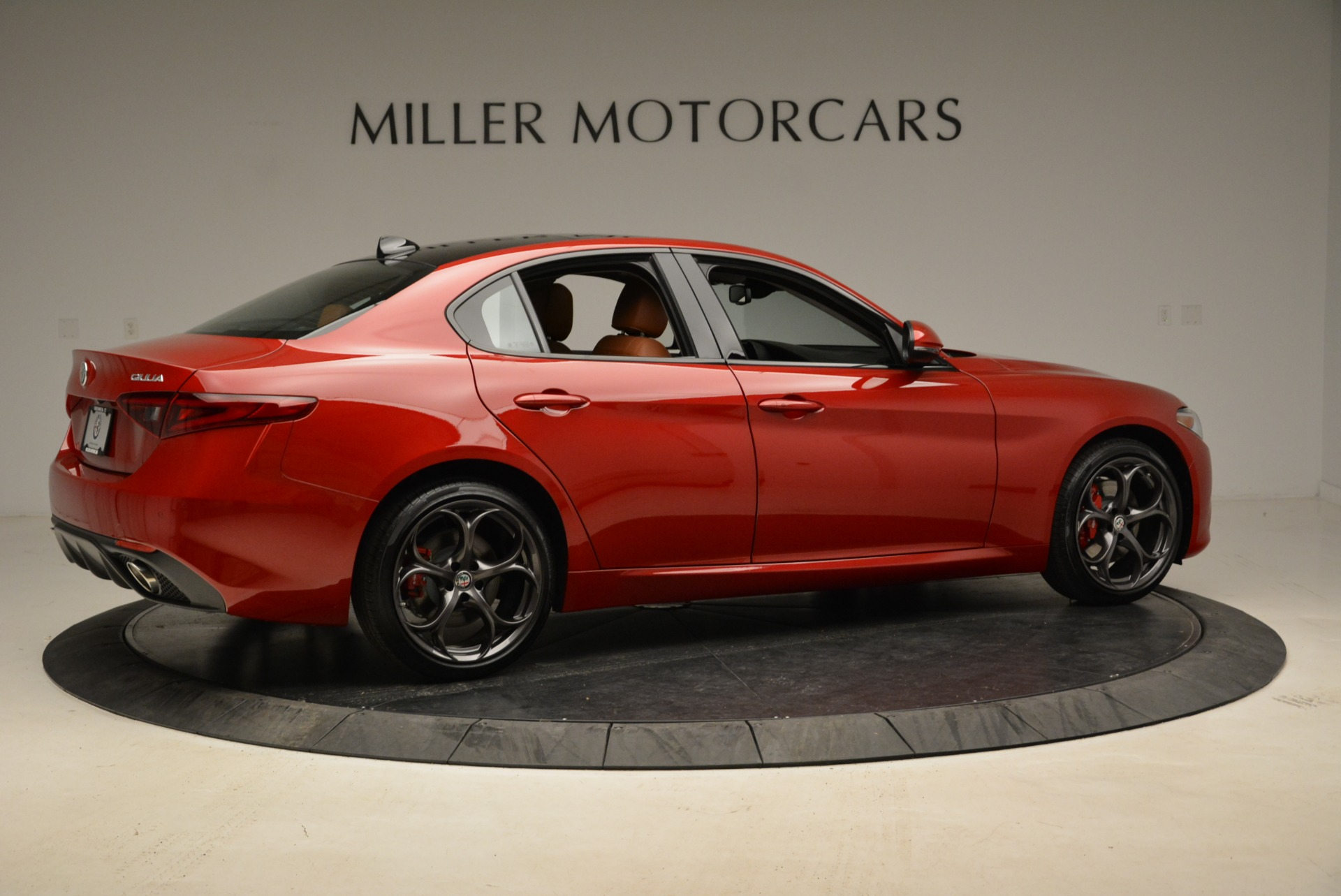 New 2018 Alfa Romeo Giulia Ti Sport Q4 For Sale In Greenwich, CT. Alfa Romeo of Greenwich, L365 2126_p8
