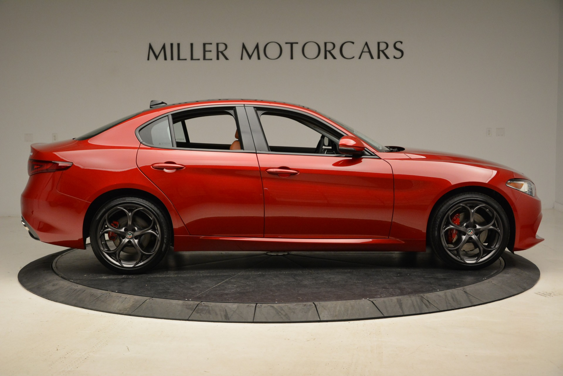 New 2018 Alfa Romeo Giulia Ti Sport Q4 For Sale In Greenwich, CT. Alfa Romeo of Greenwich, L365 2126_p9