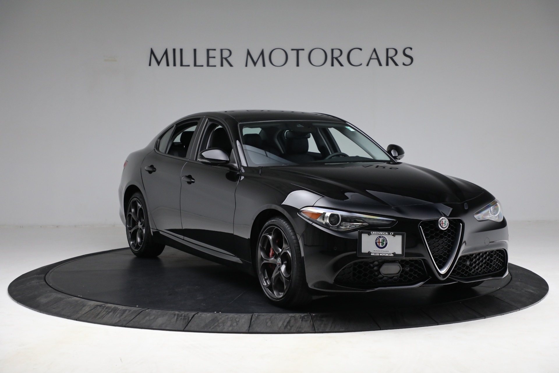 New 2018 Alfa Romeo Giulia Ti Sport Q4 For Sale In Greenwich, CT. Alfa Romeo of Greenwich, LW118 2130_p10