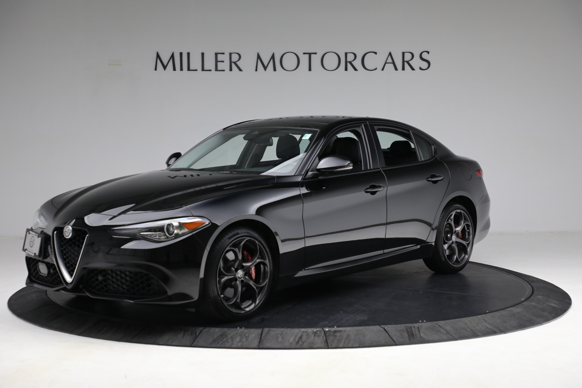 New 2018 Alfa Romeo Giulia Ti Sport Q4 For Sale In Greenwich, CT. Alfa Romeo of Greenwich, LW118 2130_p2