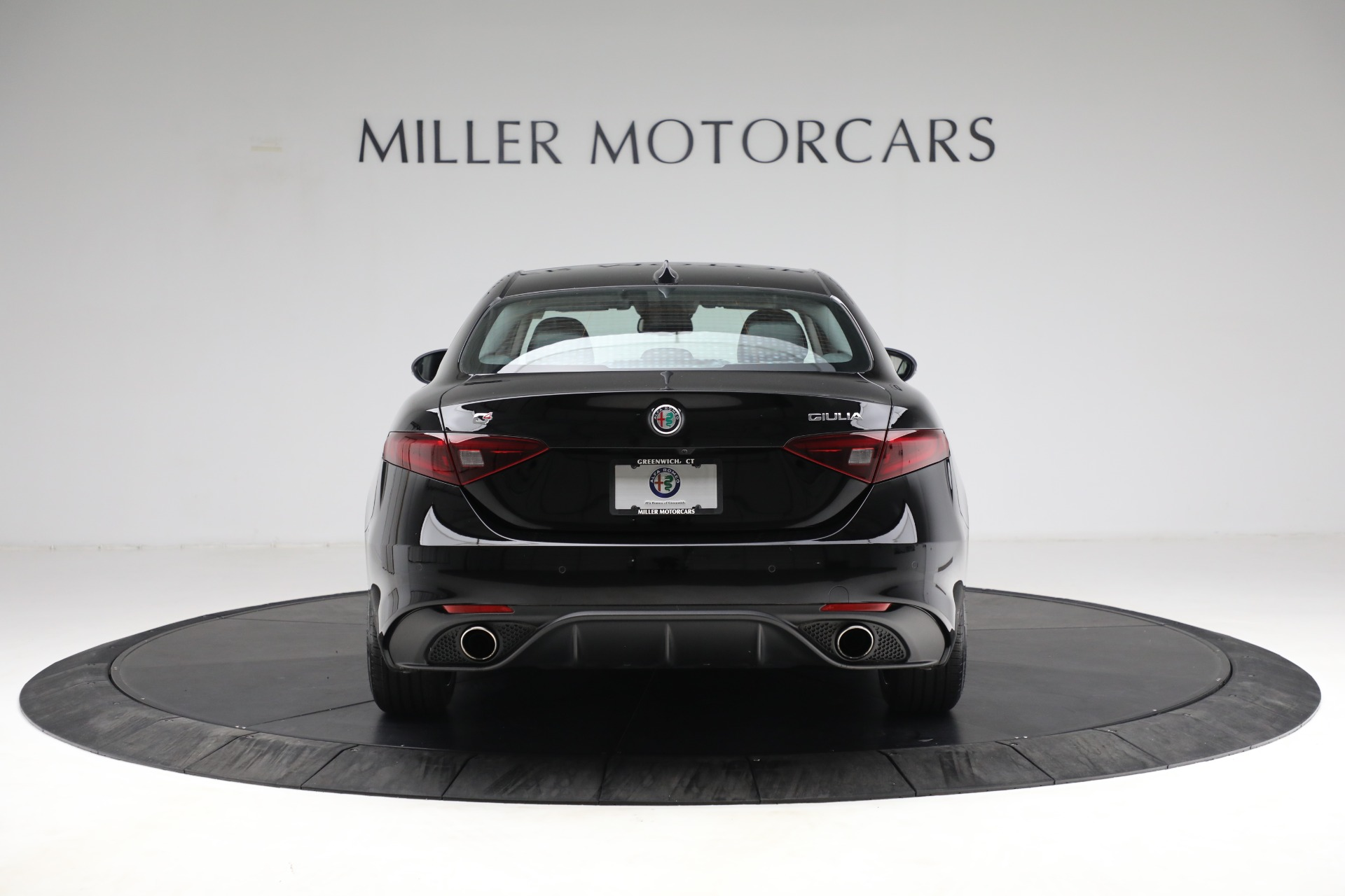 New 2018 Alfa Romeo Giulia Ti Sport Q4 For Sale In Greenwich, CT. Alfa Romeo of Greenwich, LW118 2130_p6