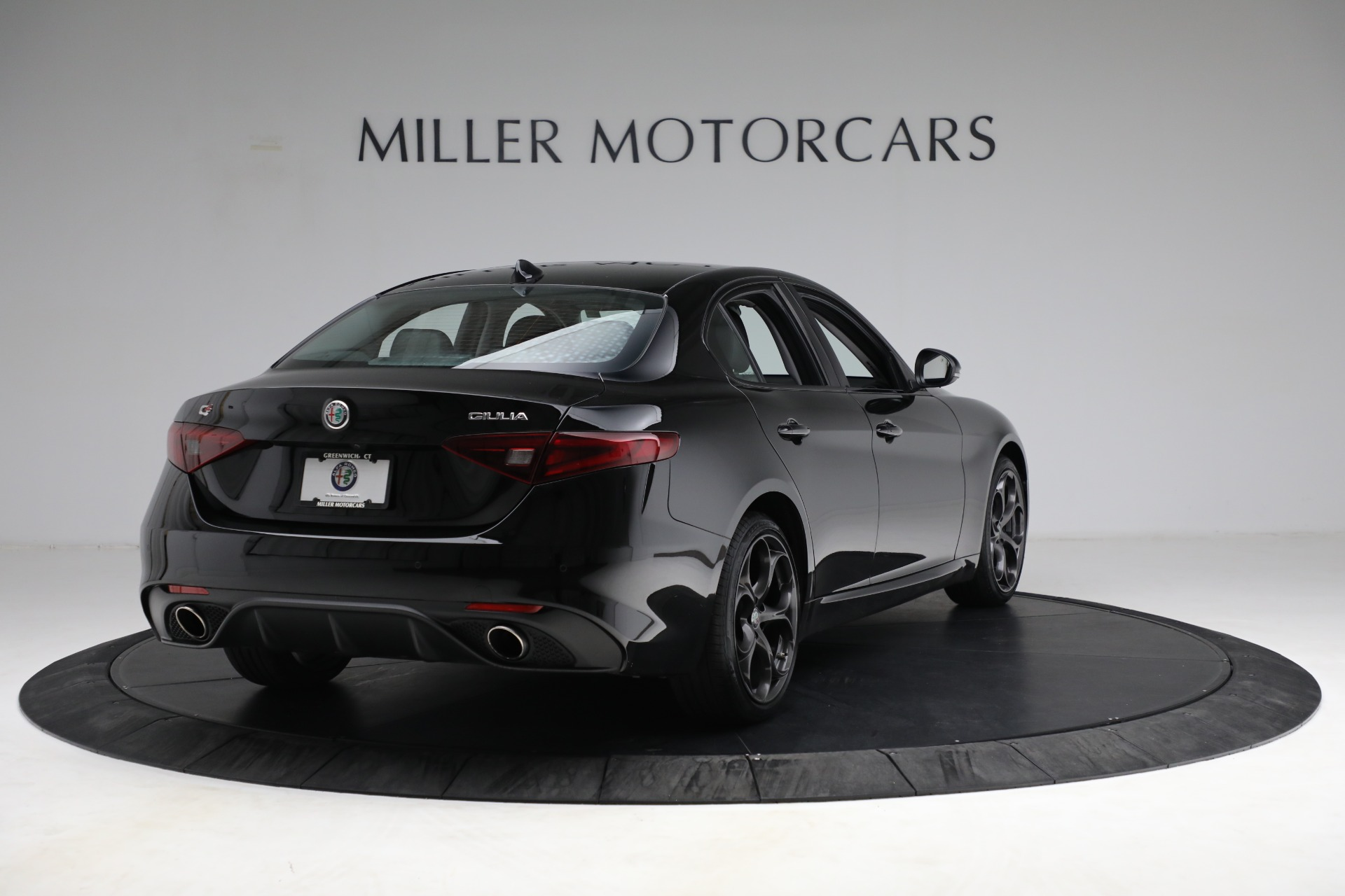 New 2018 Alfa Romeo Giulia Ti Sport Q4 For Sale In Greenwich, CT. Alfa Romeo of Greenwich, LW118 2130_p7