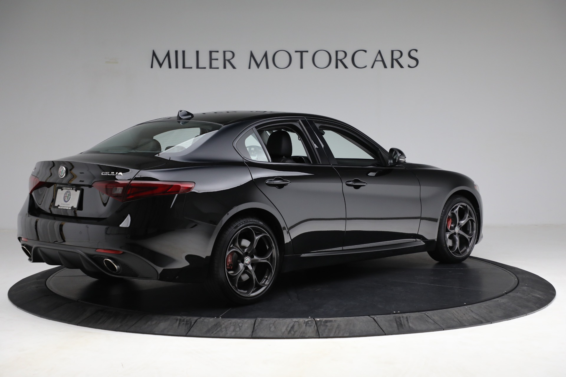 New 2018 Alfa Romeo Giulia Ti Sport Q4 For Sale In Greenwich, CT. Alfa Romeo of Greenwich, LW118 2130_p8