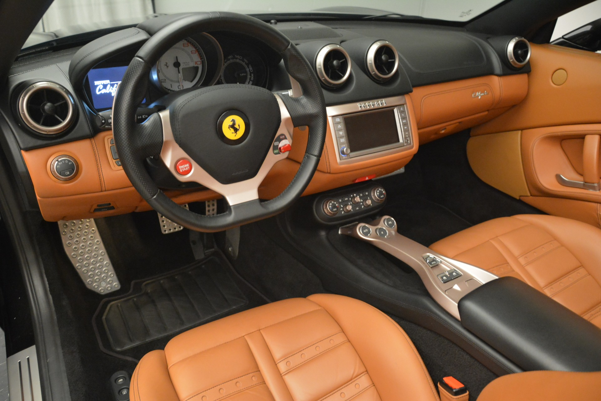 Used 2014 Ferrari California 30 For Sale In Greenwich, CT. Alfa Romeo of Greenwich, 4413A 2132_p25