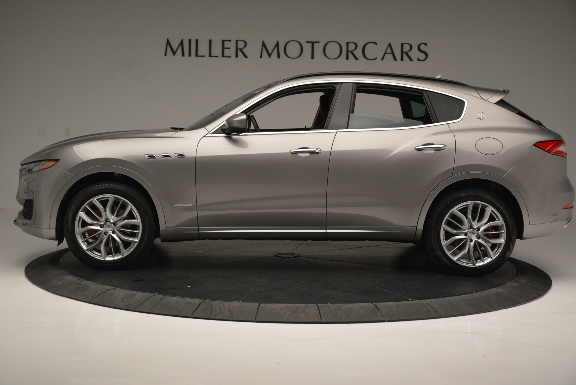 New 2018 Maserati Levante Q4 GranSport For Sale In Greenwich, CT. Alfa Romeo of Greenwich, M2079 2133_p4