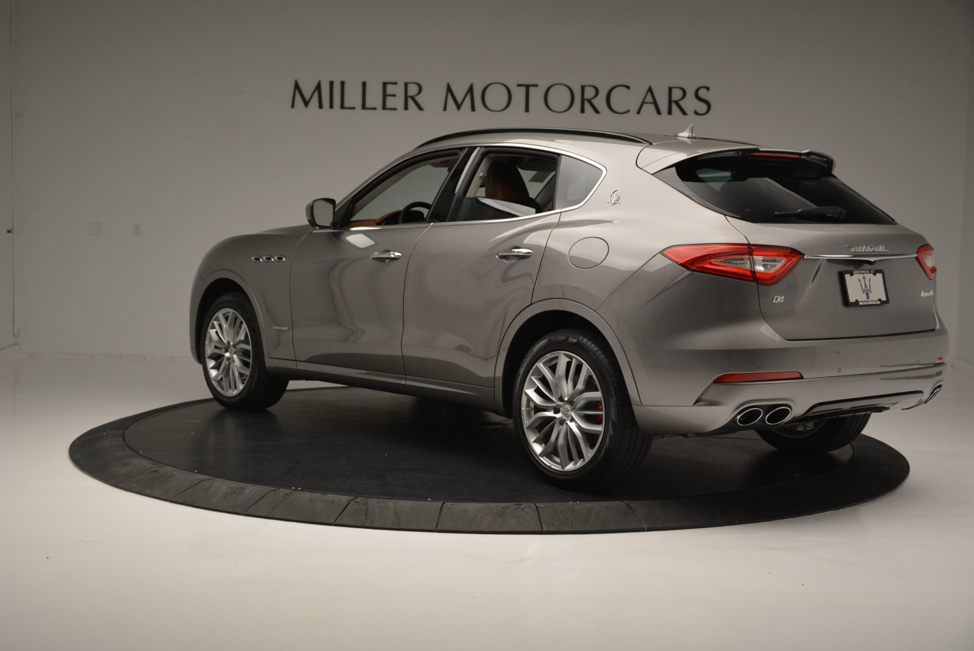 New 2018 Maserati Levante Q4 GranSport For Sale In Greenwich, CT. Alfa Romeo of Greenwich, M2079 2133_p7
