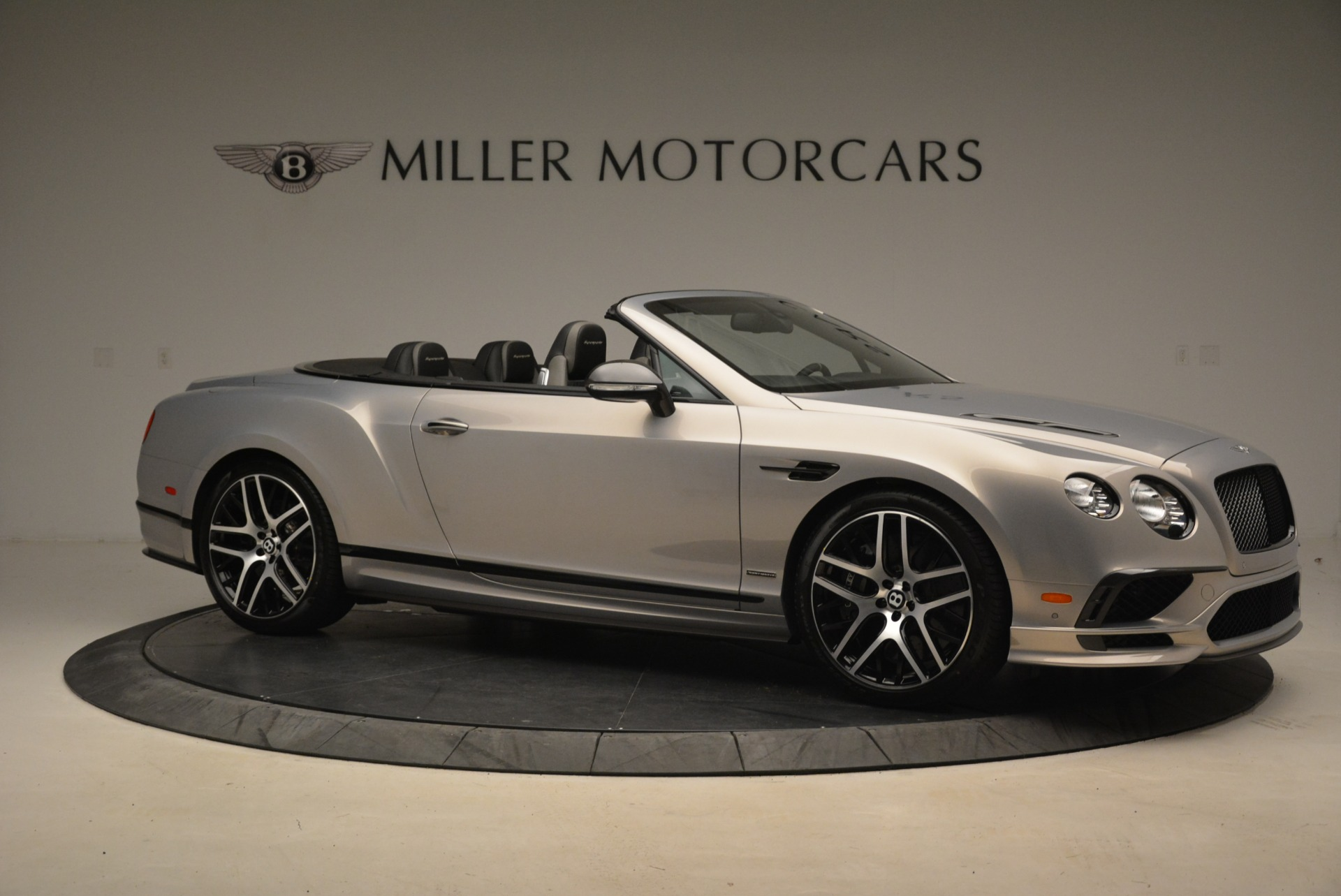 Used 2018 Bentley Continental GT Supersports Convertible For Sale In Greenwich, CT. Alfa Romeo of Greenwich, B1342 2134_p10