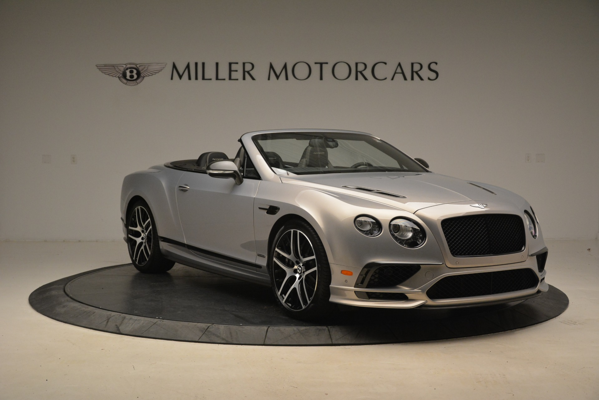 Used 2018 Bentley Continental GT Supersports Convertible For Sale In Greenwich, CT. Alfa Romeo of Greenwich, B1342 2134_p11