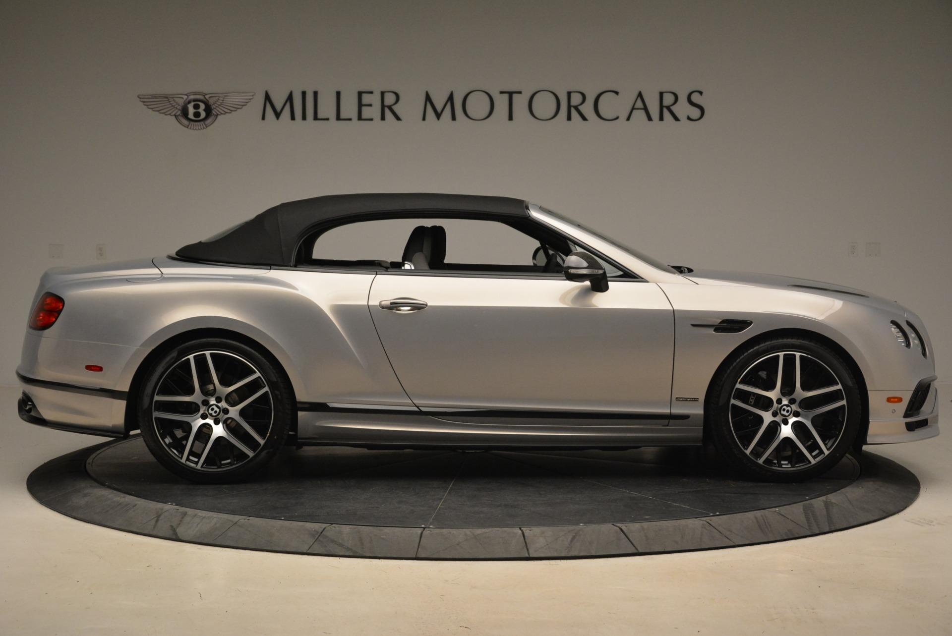 Used 2018 Bentley Continental GT Supersports Convertible For Sale In Greenwich, CT. Alfa Romeo of Greenwich, B1342 2134_p18