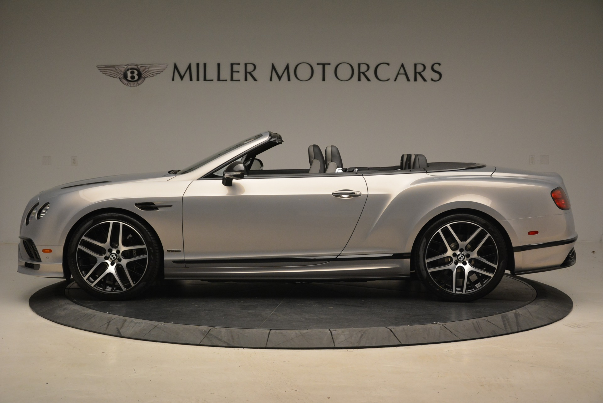 Used 2018 Bentley Continental GT Supersports Convertible For Sale In Greenwich, CT. Alfa Romeo of Greenwich, B1342 2134_p3