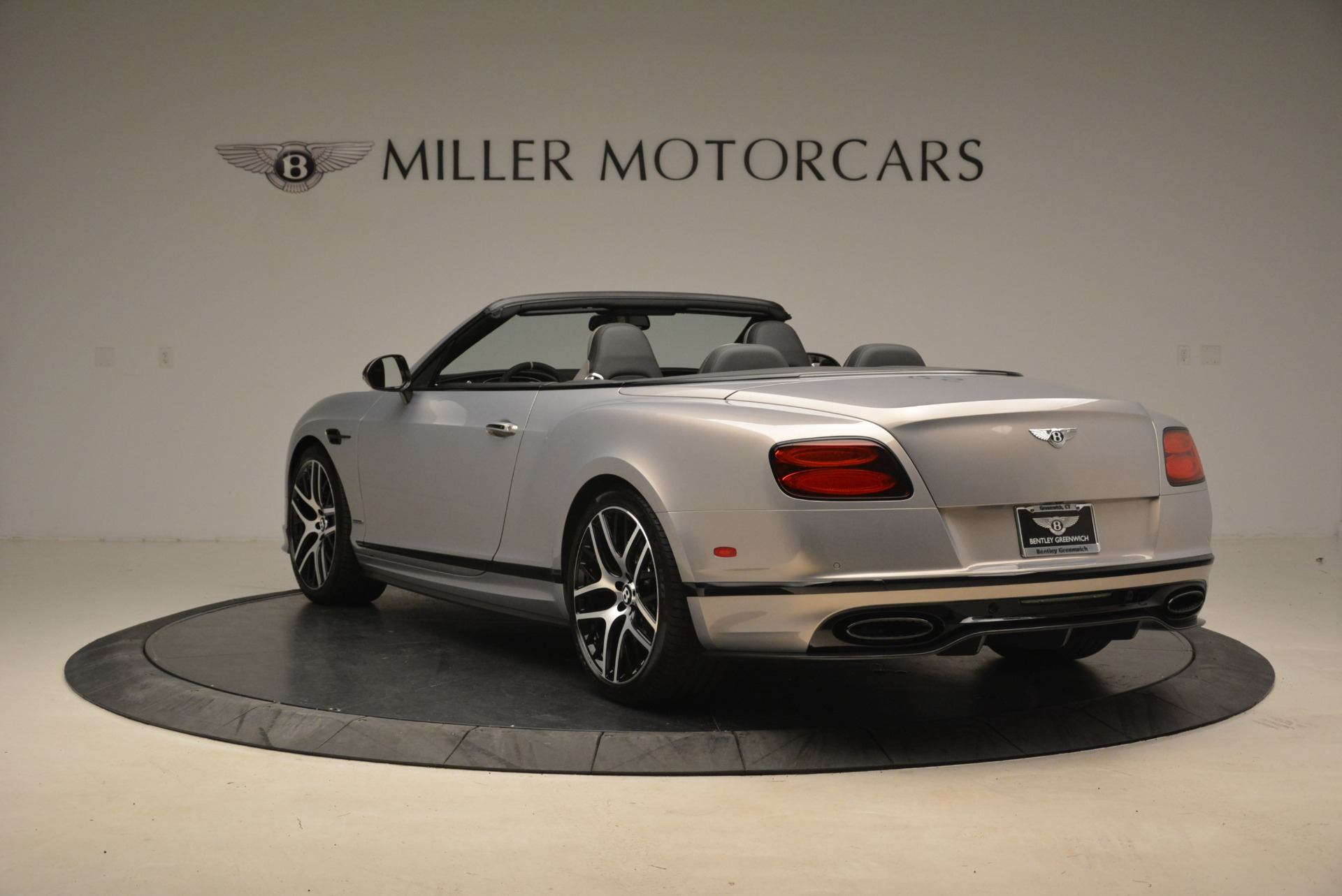 Used 2018 Bentley Continental GT Supersports Convertible For Sale In Greenwich, CT. Alfa Romeo of Greenwich, B1342 2134_p5