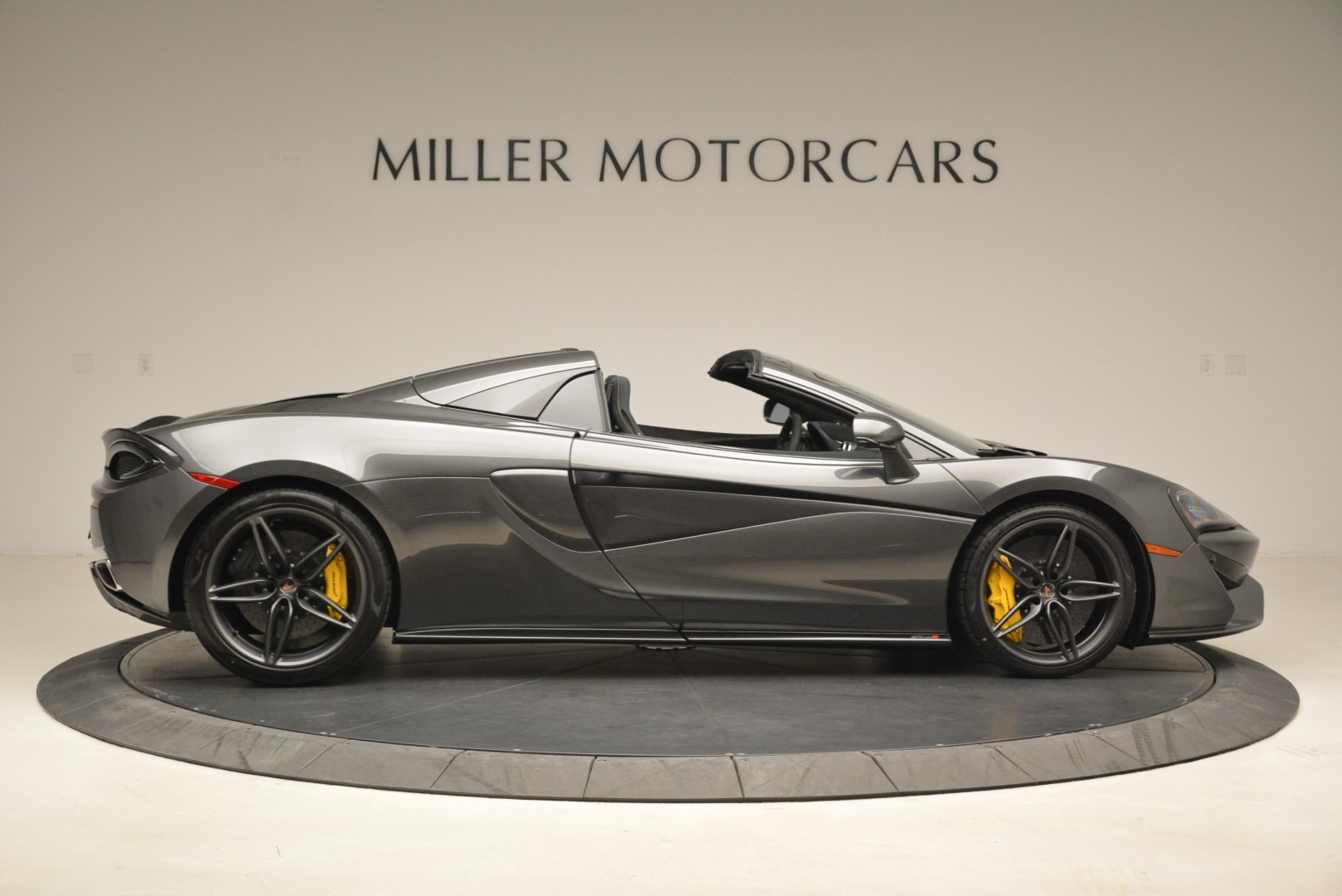 New 2018 McLaren 570S Spider For Sale In Greenwich, CT. Alfa Romeo of Greenwich, MC350 2137_p9