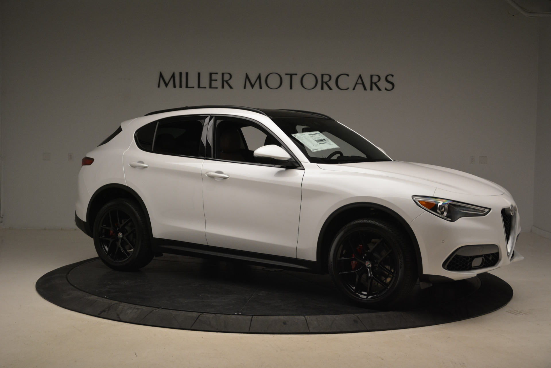 New 2018 Alfa Romeo Stelvio Ti Sport Q4 For Sale In Greenwich, CT. Alfa Romeo of Greenwich, L372 2138_p10