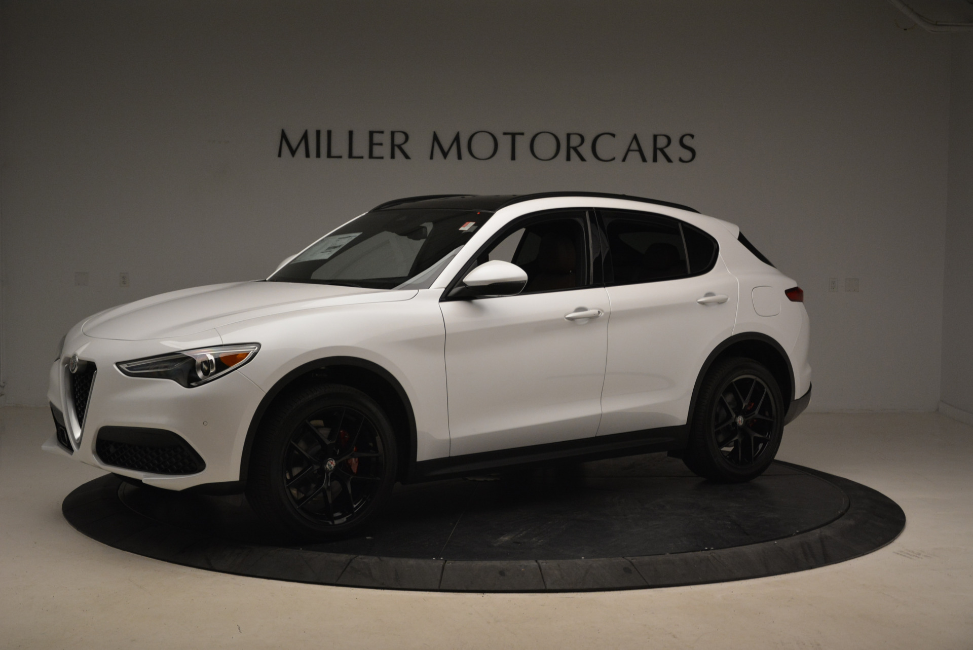 New 2018 Alfa Romeo Stelvio Ti Sport Q4 For Sale In Greenwich, CT. Alfa Romeo of Greenwich, L372 2138_p2
