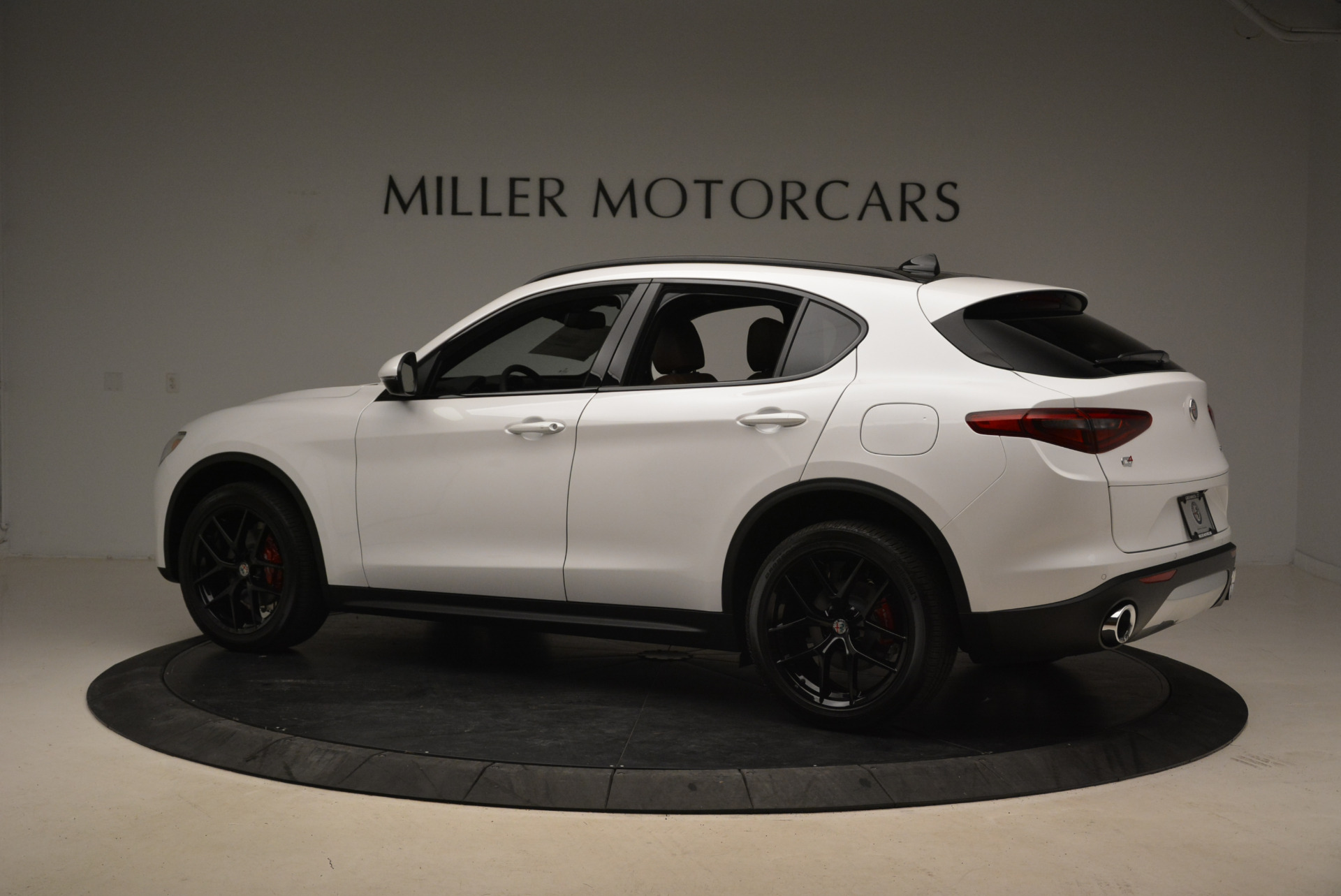 New 2018 Alfa Romeo Stelvio Ti Sport Q4 For Sale In Greenwich, CT. Alfa Romeo of Greenwich, L372 2138_p4