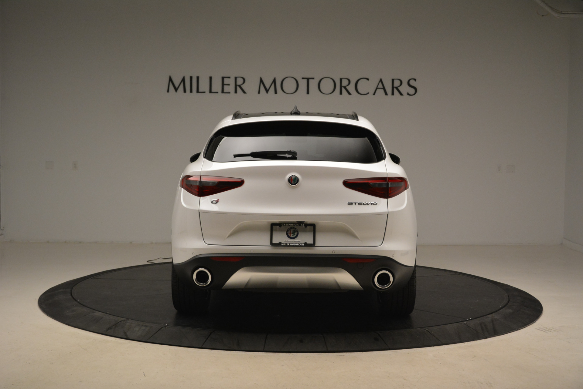 New 2018 Alfa Romeo Stelvio Ti Sport Q4 For Sale In Greenwich, CT. Alfa Romeo of Greenwich, L372 2138_p6