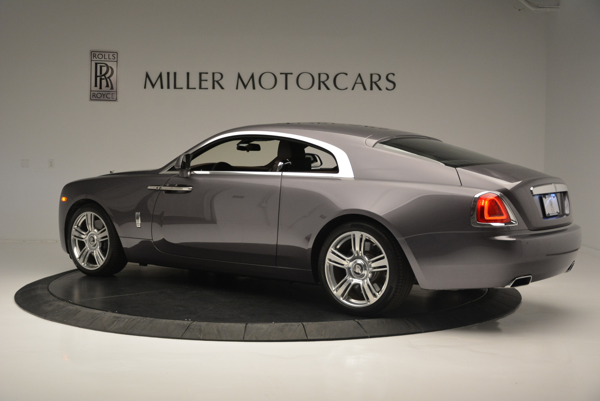 Used 2016 Rolls-Royce Wraith  For Sale In Greenwich, CT. Alfa Romeo of Greenwich, 7391 214_p4