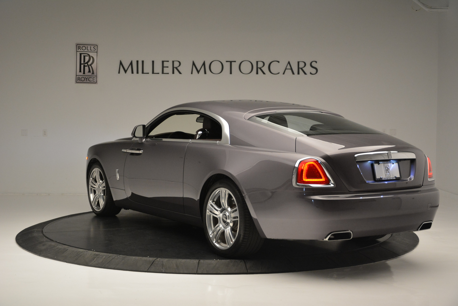 Used 2016 Rolls-Royce Wraith  For Sale In Greenwich, CT. Alfa Romeo of Greenwich, 7391 214_p5