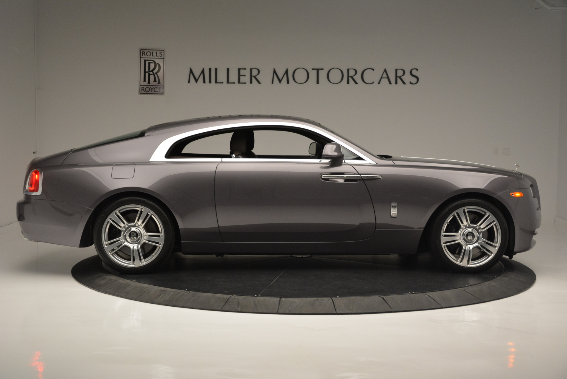 Used 2016 Rolls-Royce Wraith  For Sale In Greenwich, CT. Alfa Romeo of Greenwich, 7391 214_p9
