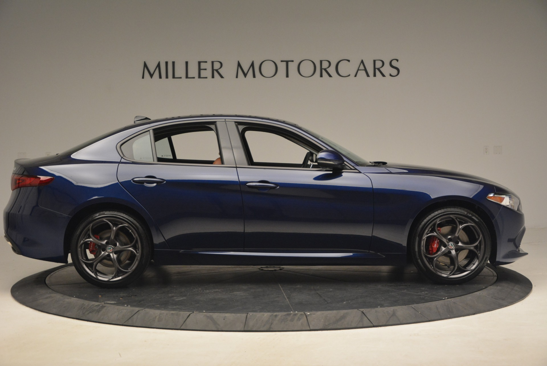 New 2018 Alfa Romeo Giulia Ti Sport Q4 For Sale In Greenwich, CT. Alfa Romeo of Greenwich, L376 2143_p9