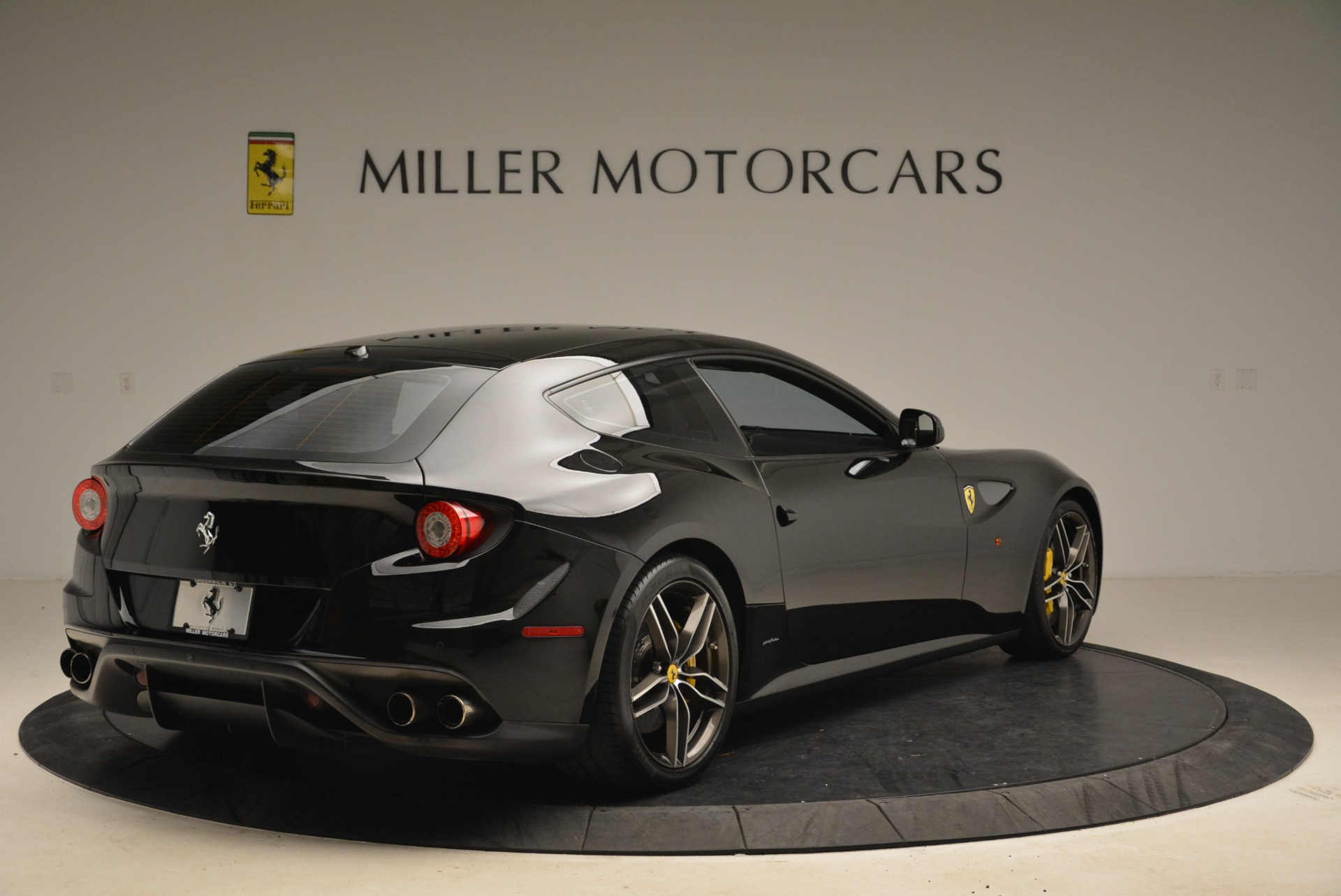 Used 2014 Ferrari FF  For Sale In Greenwich, CT. Alfa Romeo of Greenwich, 4468 2152_p7