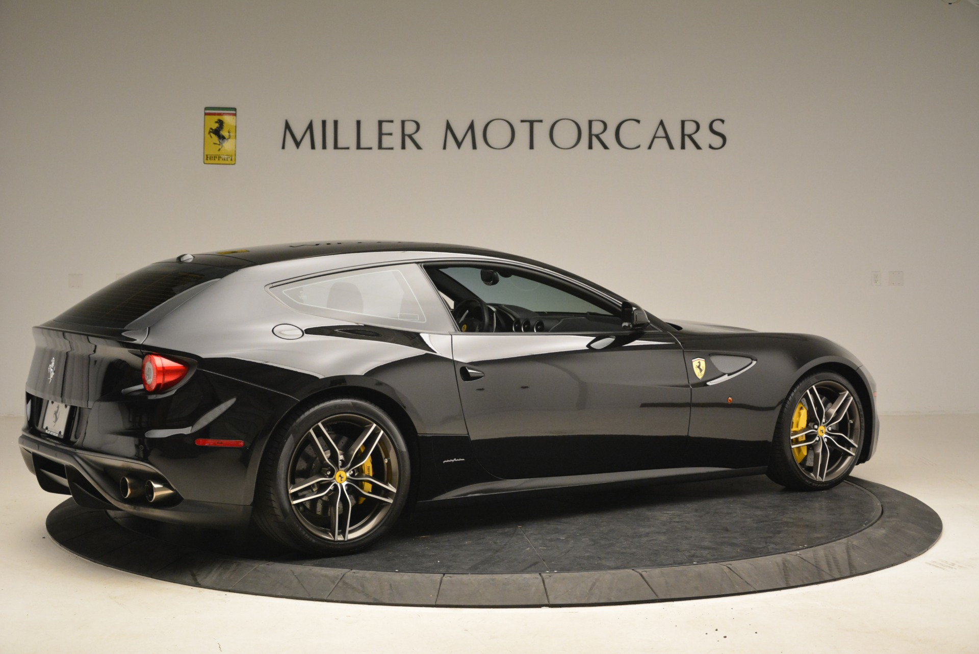 Used 2014 Ferrari FF  For Sale In Greenwich, CT. Alfa Romeo of Greenwich, 4468 2152_p8