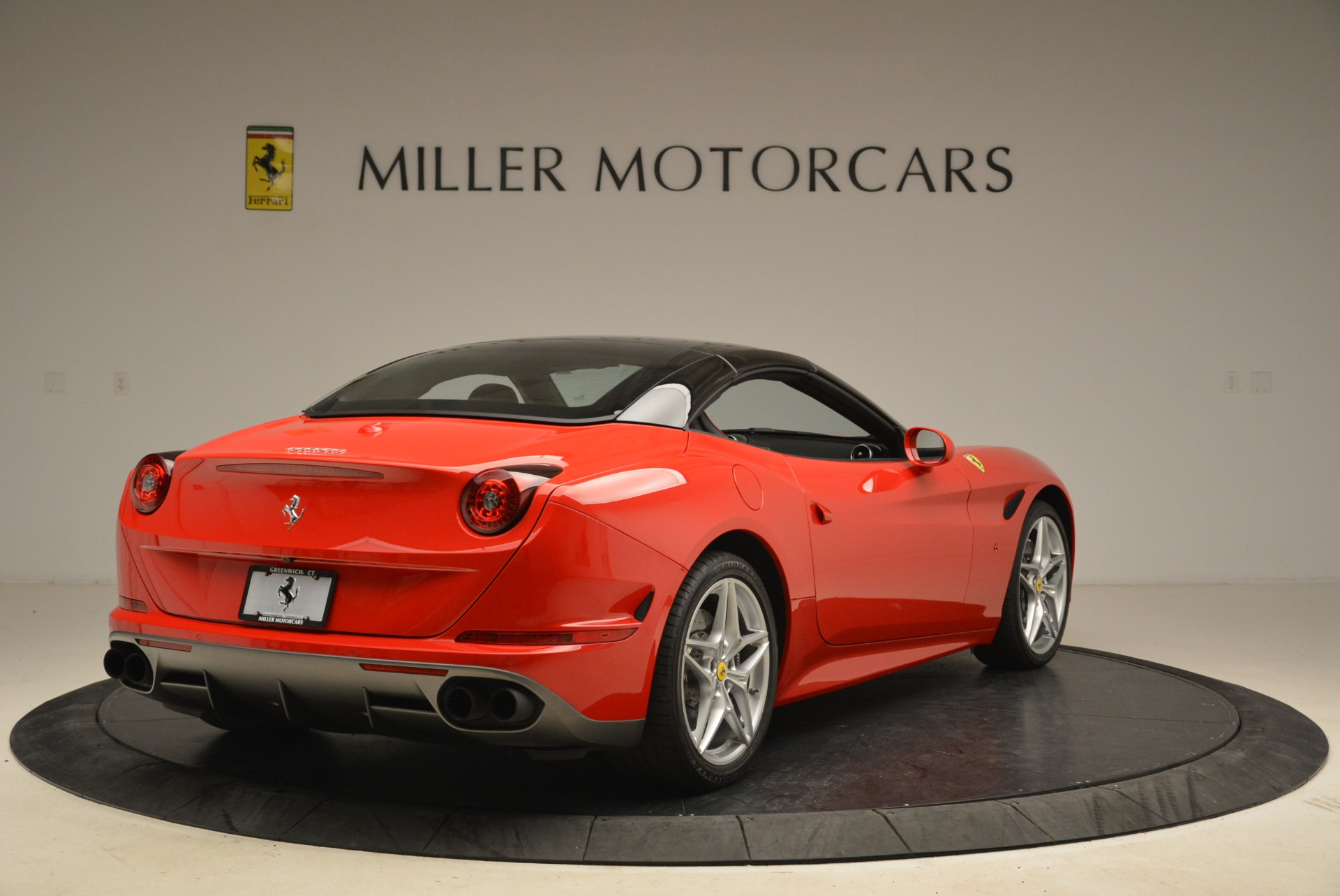 Used 2016 Ferrari California T Handling Speciale For Sale In Greenwich, CT. Alfa Romeo of Greenwich, 4587 2153_p19