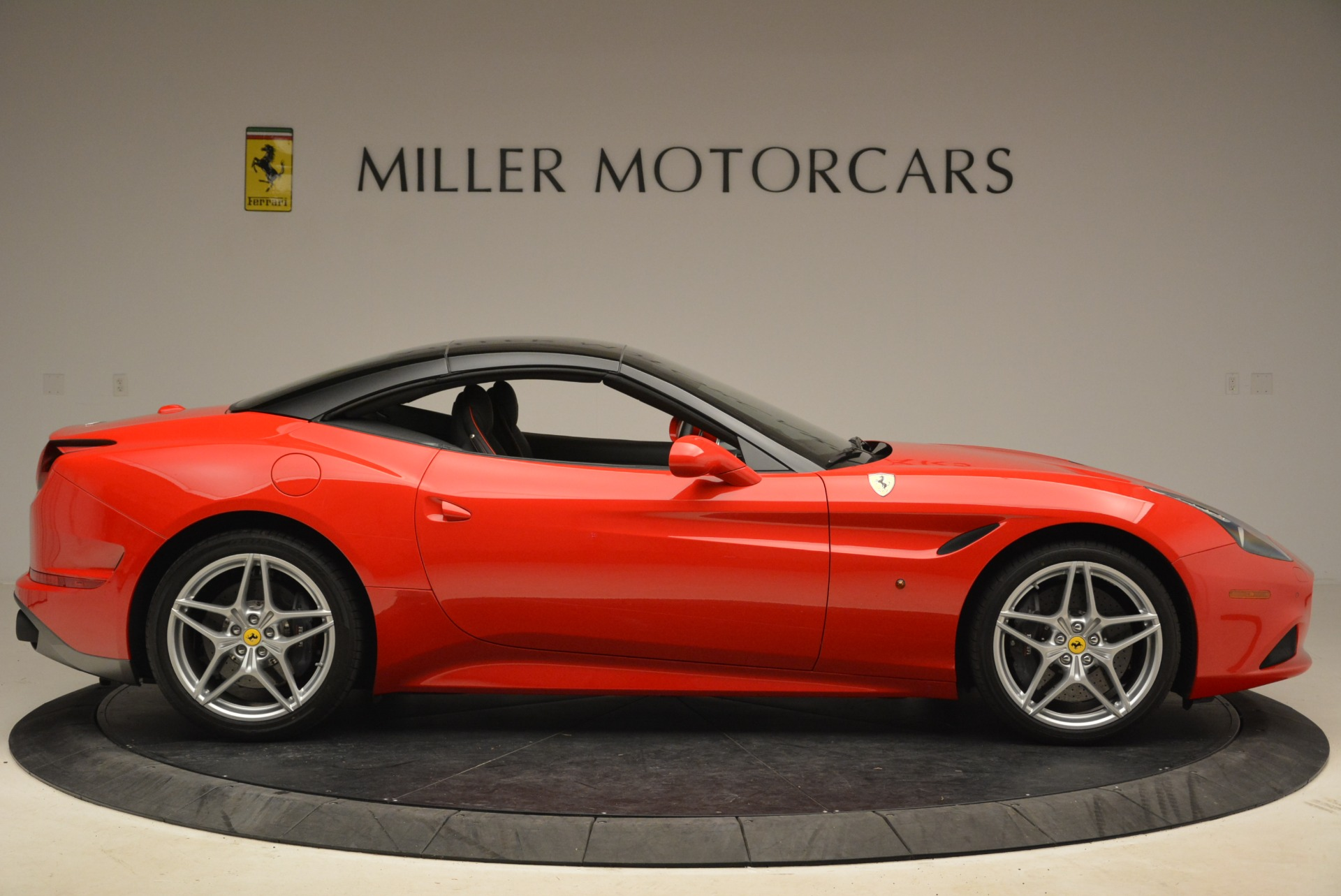 Used 2016 Ferrari California T Handling Speciale For Sale In Greenwich, CT. Alfa Romeo of Greenwich, 4587 2153_p21