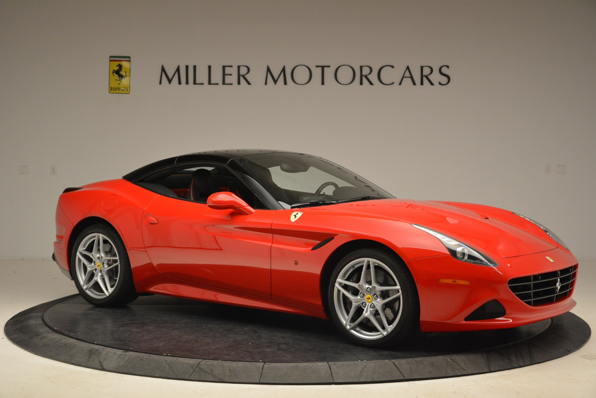 Used 2016 Ferrari California T Handling Speciale For Sale In Greenwich, CT. Alfa Romeo of Greenwich, 4587 2153_p22