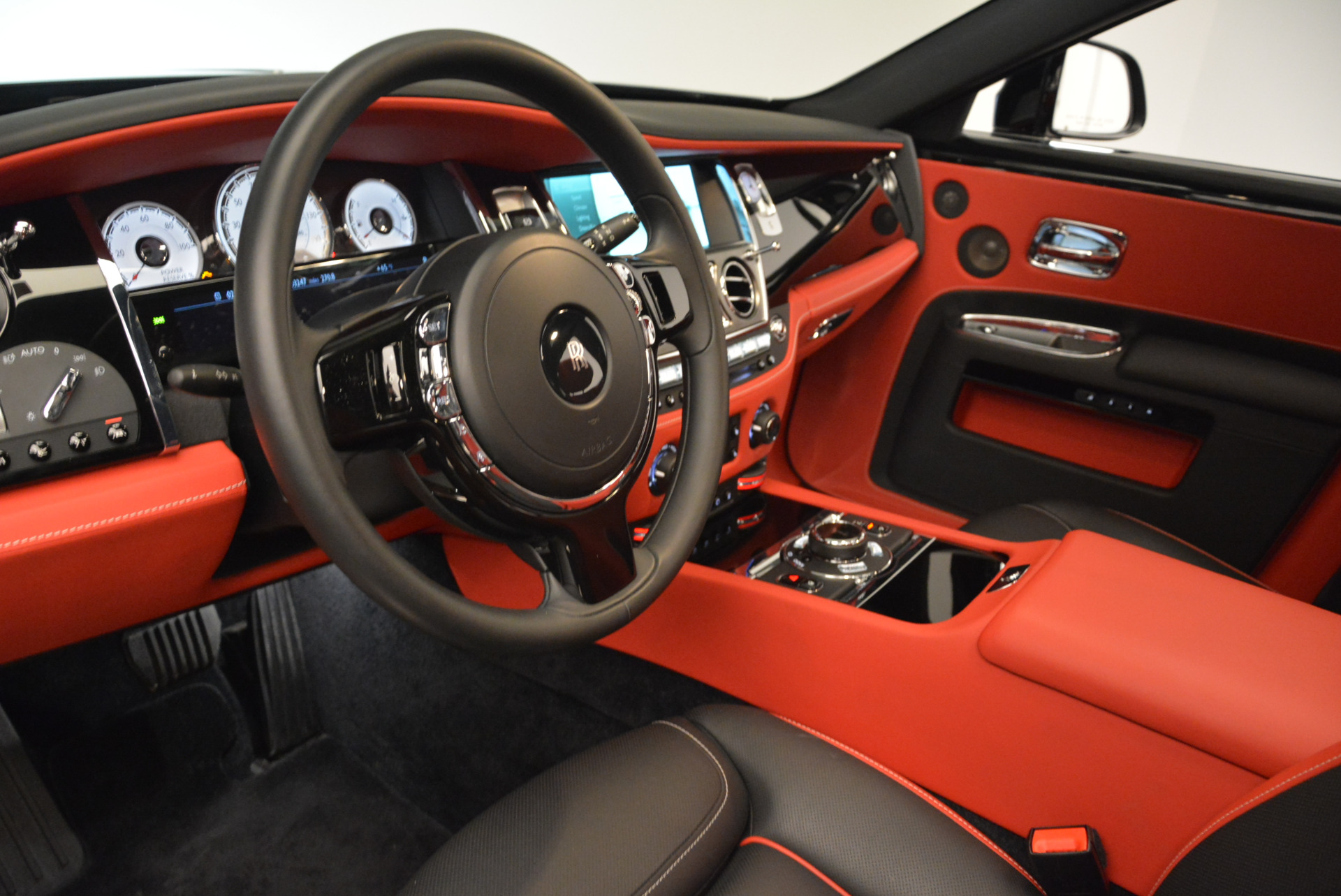 Used 2017 Rolls-Royce Ghost Black Badge For Sale In Greenwich, CT. Alfa Romeo of Greenwich, R451 2154_p17