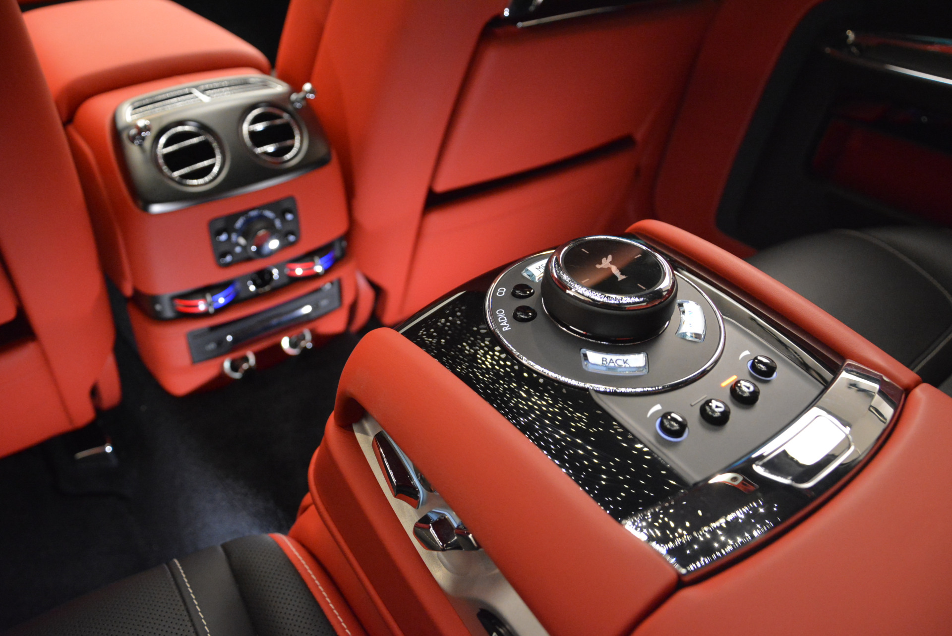 Used 2017 Rolls-Royce Ghost Black Badge For Sale In Greenwich, CT. Alfa Romeo of Greenwich, R451 2154_p24